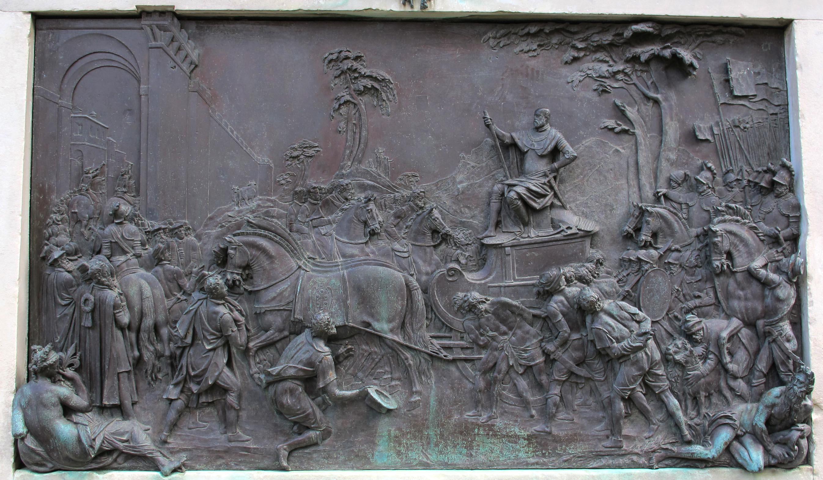 Giambologna e Pietro Tacca, Piedistallo,La Conquista di Siena, base della statua equestre di Cosimo I de'Medici