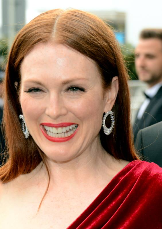 list of awards and nominations received by julianne moore