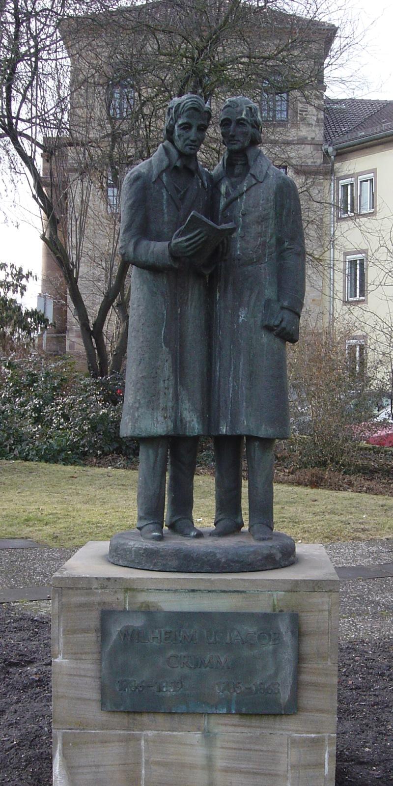 dateikassel brder grimm denkmaljpg - Gebrder Grimm Lebenslauf