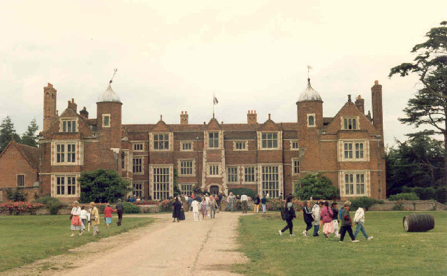 Kentwell Hall - geograph.org.uk - 115012