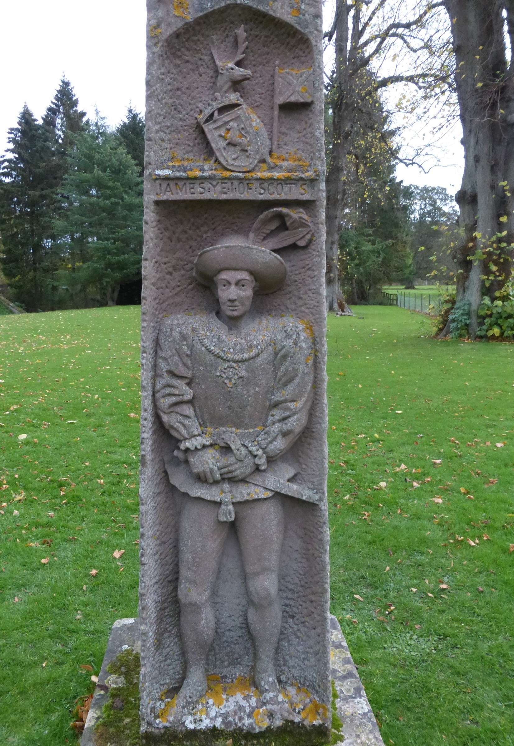 File King James I Monument Dryburgh Abbey Jpg Military