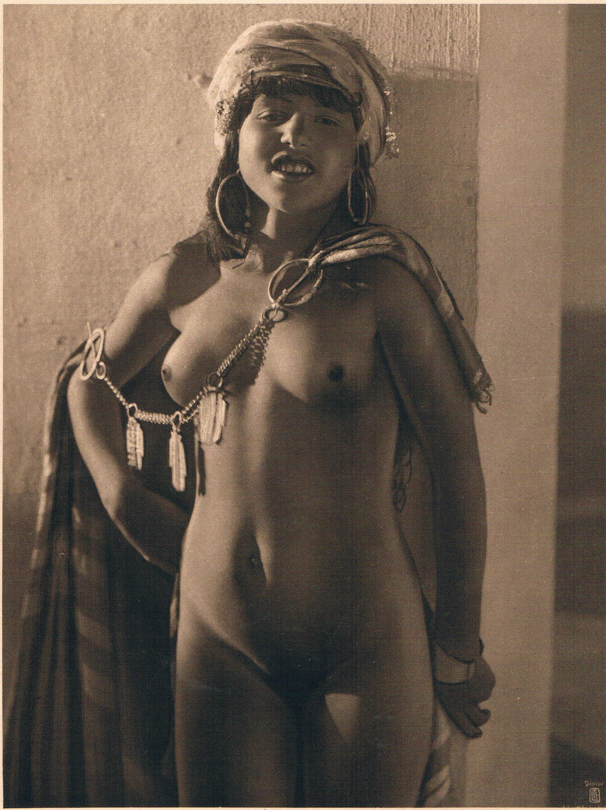African nude free