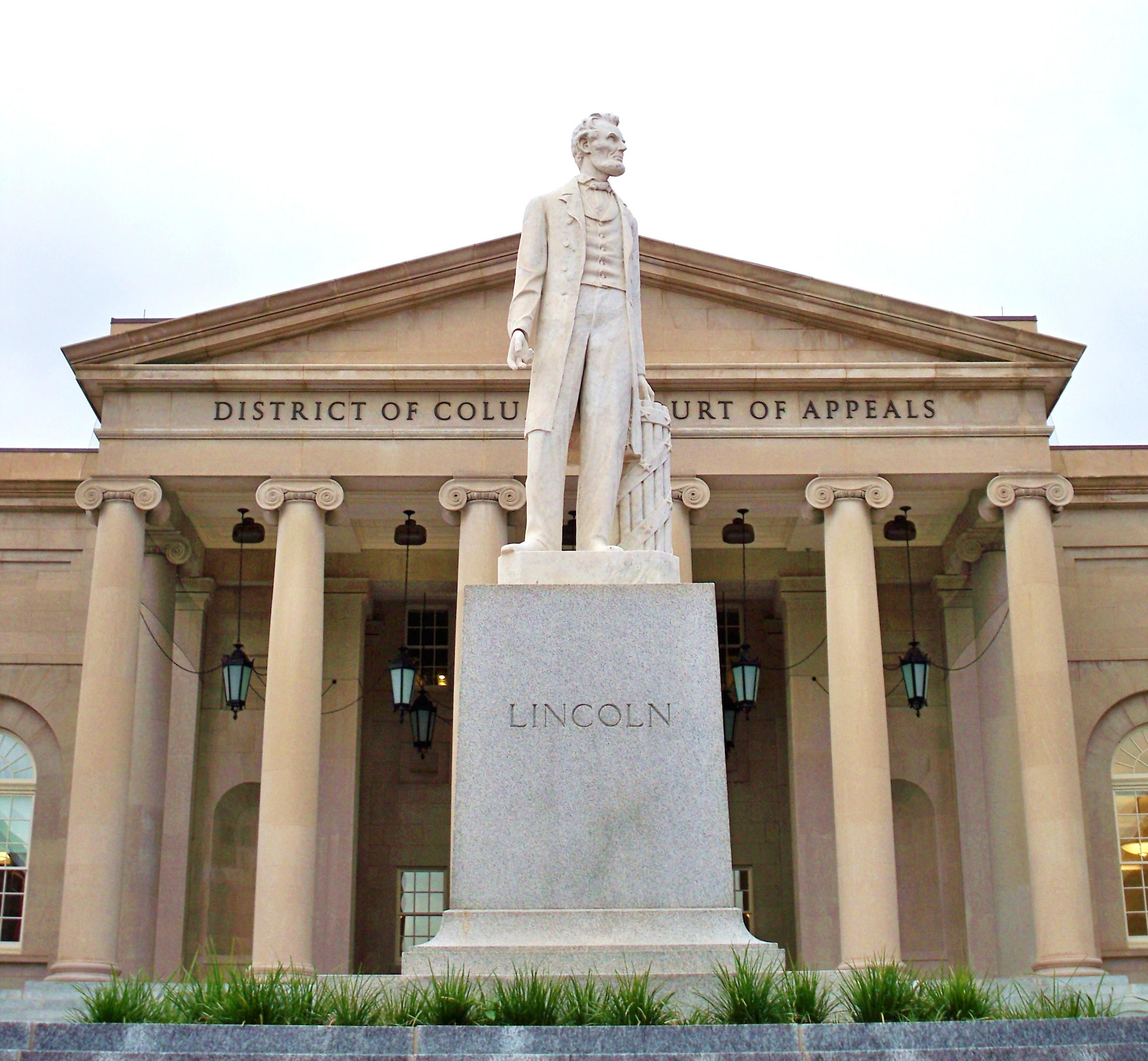 Statue of Lincoln, Washington D.C. Court of Appeals. Photo: Matthew G. Bisanz