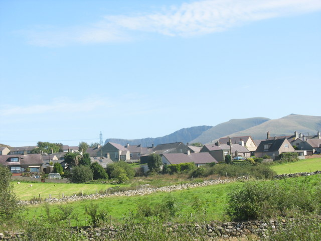 Looking East towards Penygroes from the Lon Eifion Cycle Route - geograph.org.uk - 240797