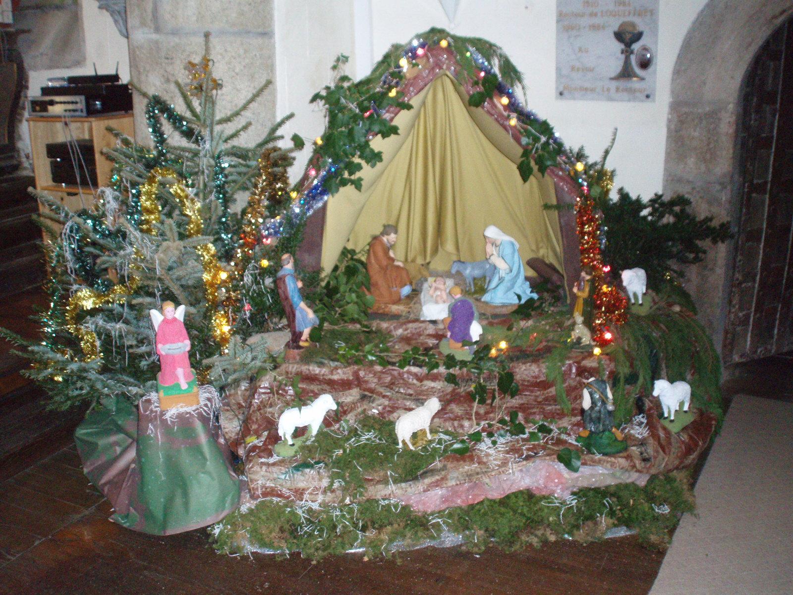 File:Loqueffret   Église Sainte Geneviève   Crèche de Noël.