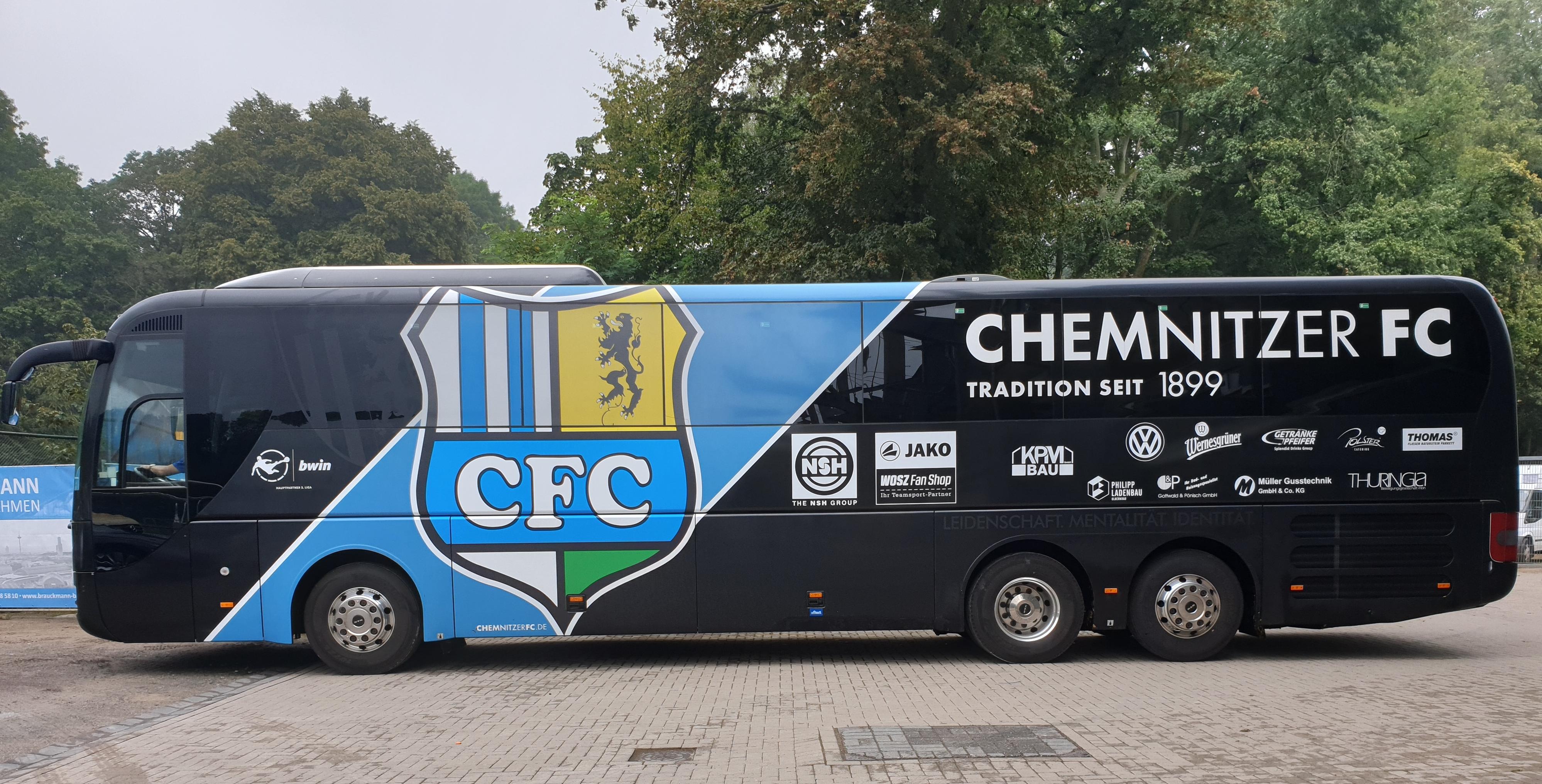 Mannschaftsbus Chemnitzer FC 07-2019.jpg