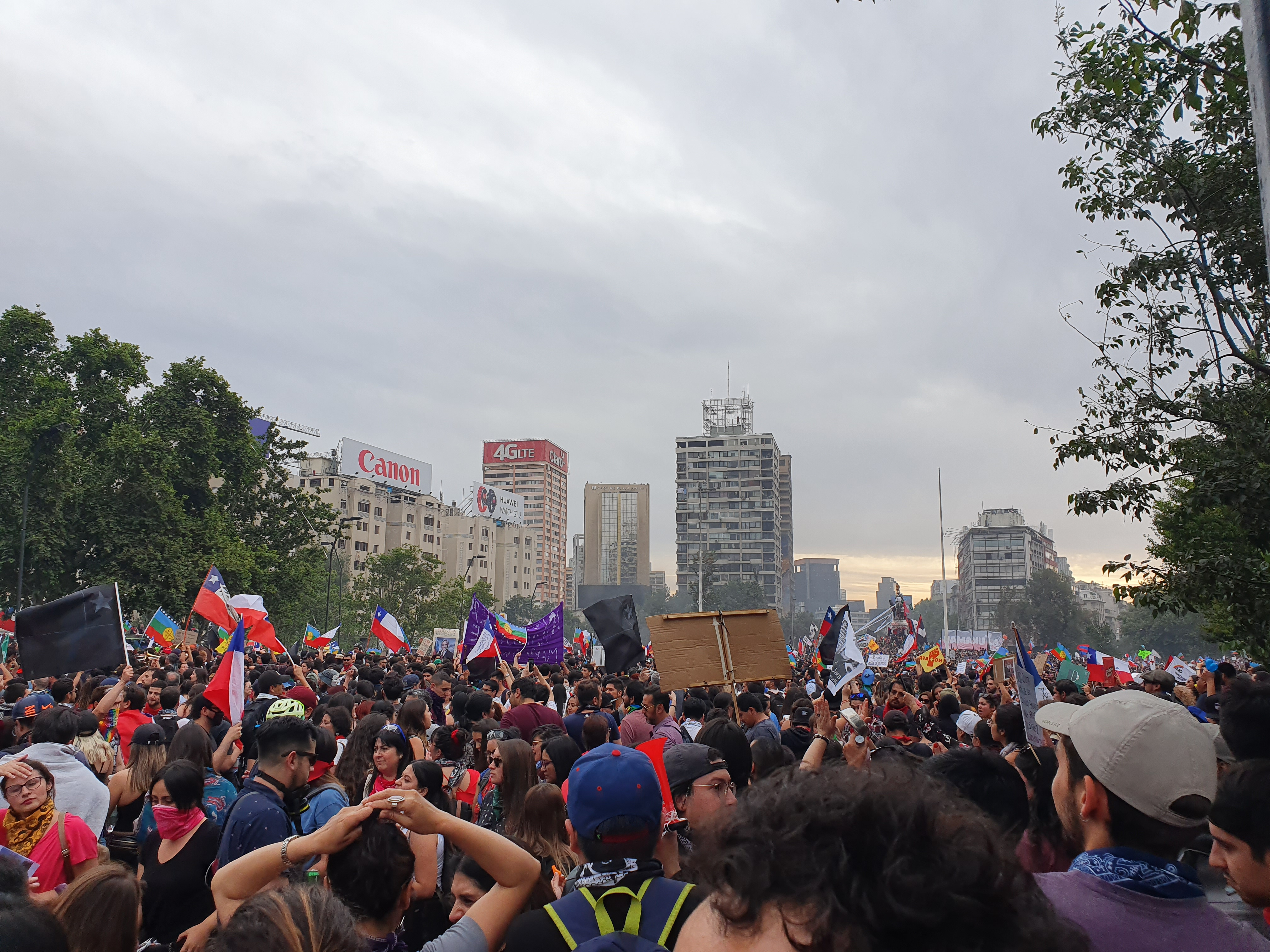 Demonstration in Santiago de Chile, 08.12.2019 (Foto: B1mbo, commons.wikimedia.org)