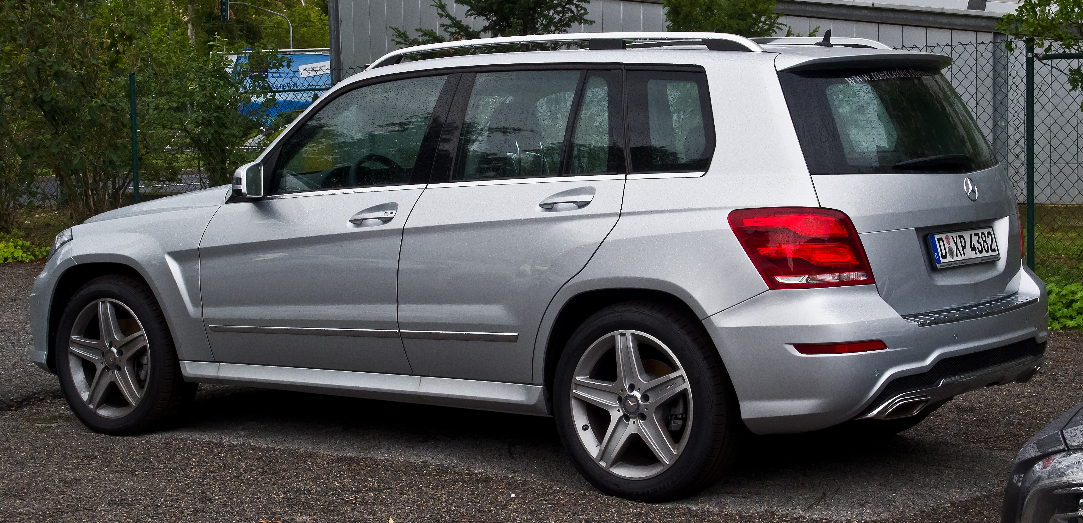 File mercedes benz glk 220 cdi 4matic sport paket amg x for Mercedes benz glk amg