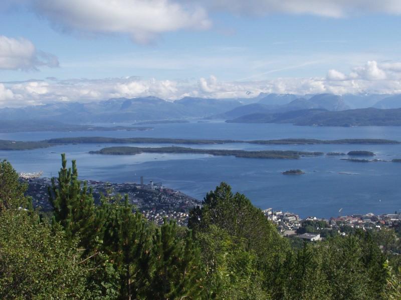 File:Molde from Varden.jpg