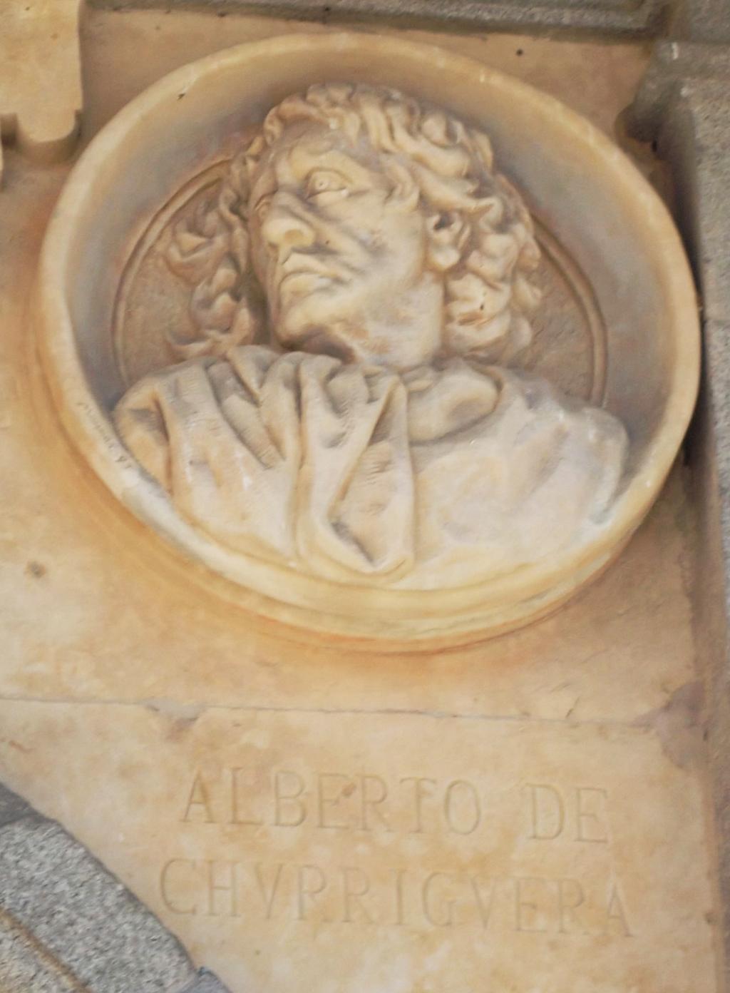 Pabellón Consistorial medallón 16 Alberto de Churriguera.jpg