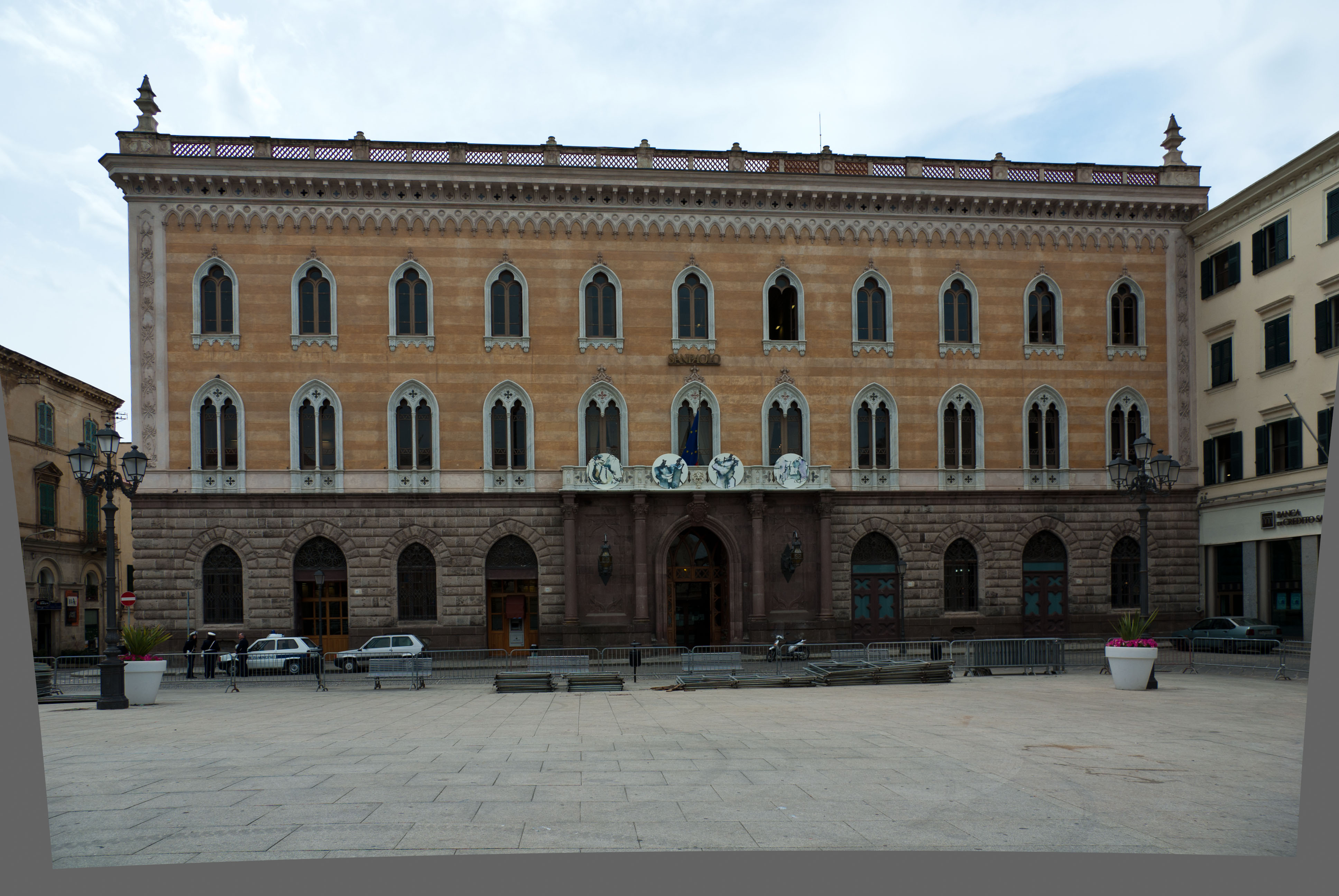 Ufficio Web Architetti Sassari : File:palazzo giordano sassari.jpg wikimedia commons