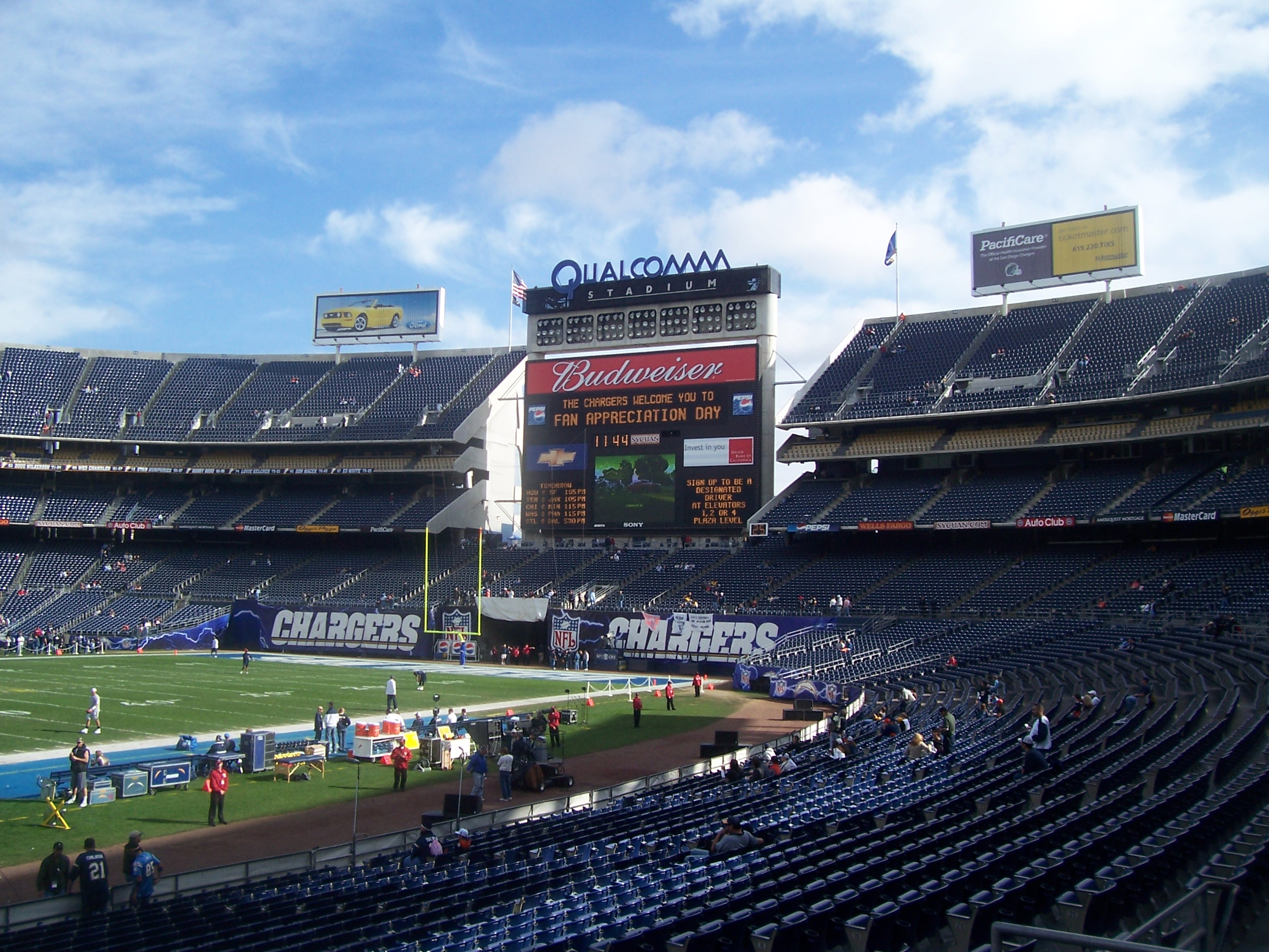 File Qualcomm Stadium Jpg Wikipedia