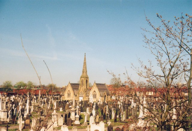 File:Sale - cemetery from Brooklands Bridge - geograph.org.uk - 831745.jpg