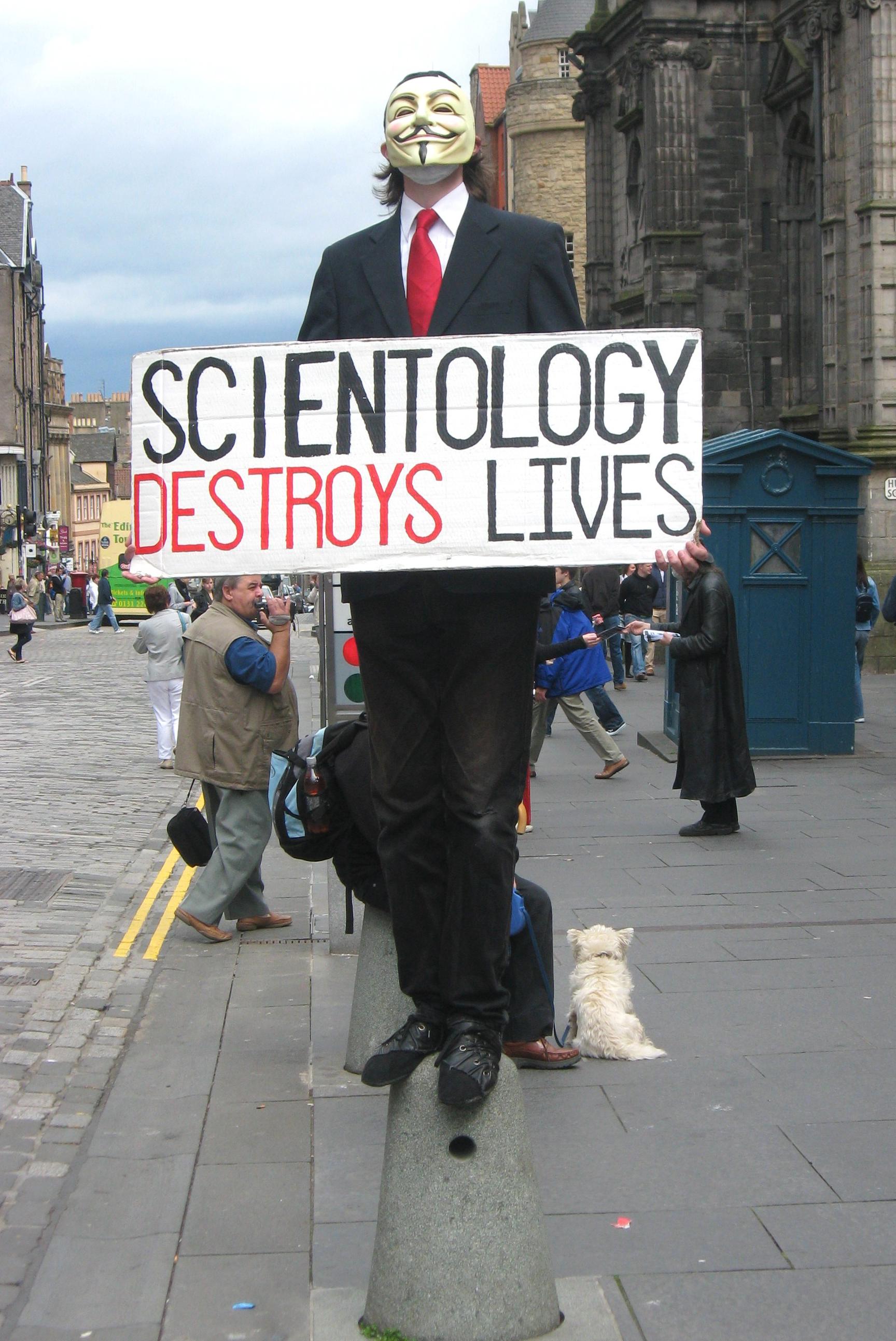 Scientology_Protestor Маска Гая Фокса - это... Что такое Маска Гая Фокса?