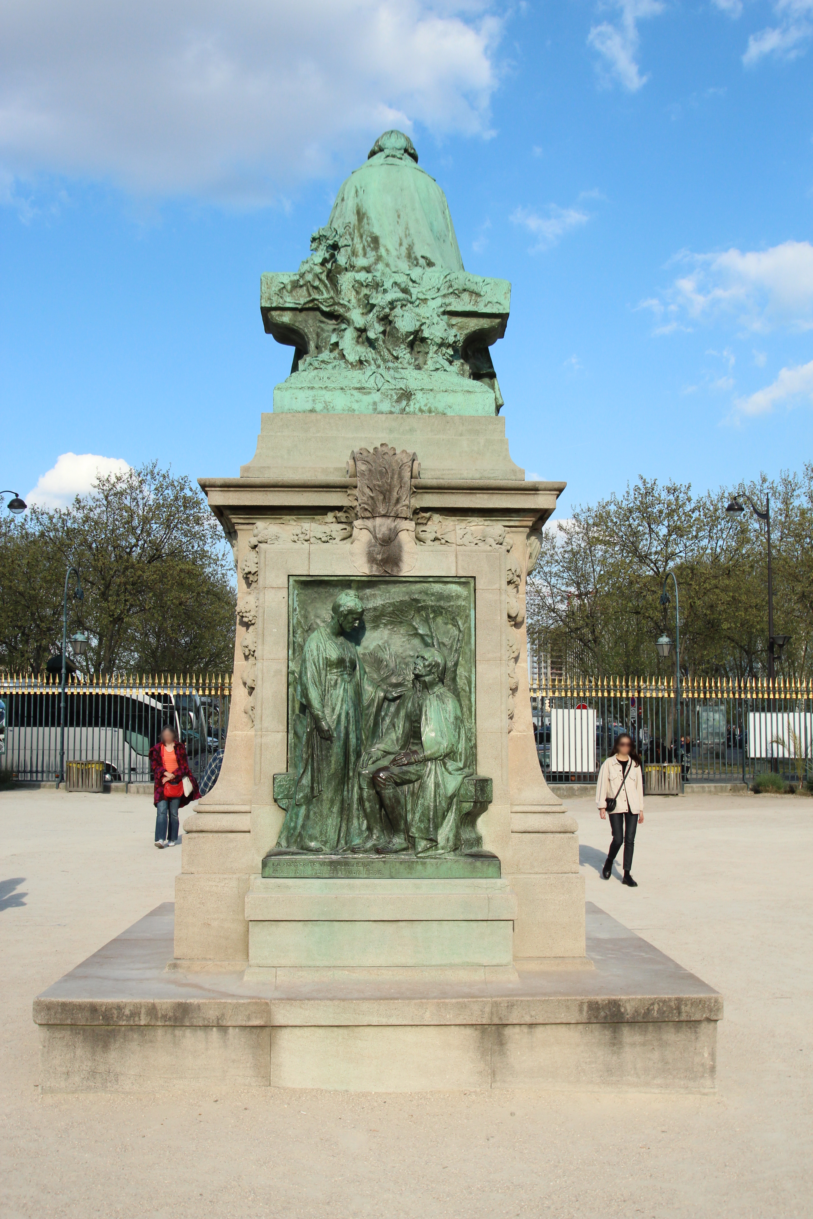 Mon Jardin En Avril file:statue de jean-baptiste lamarck par léon fagel au