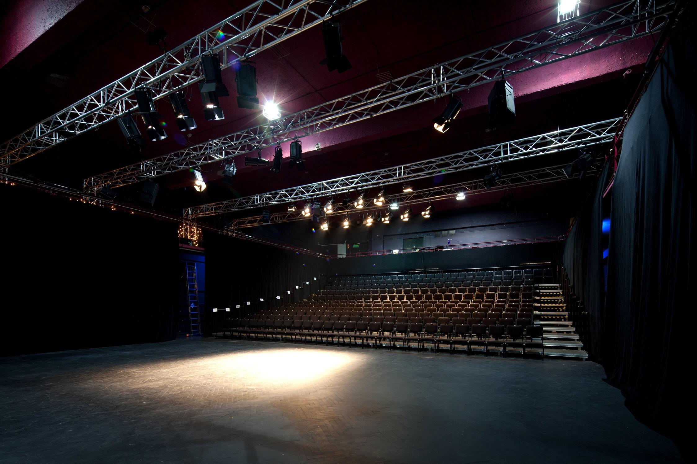 Teatr Imka Wikipedia Wolna Encyklopedia