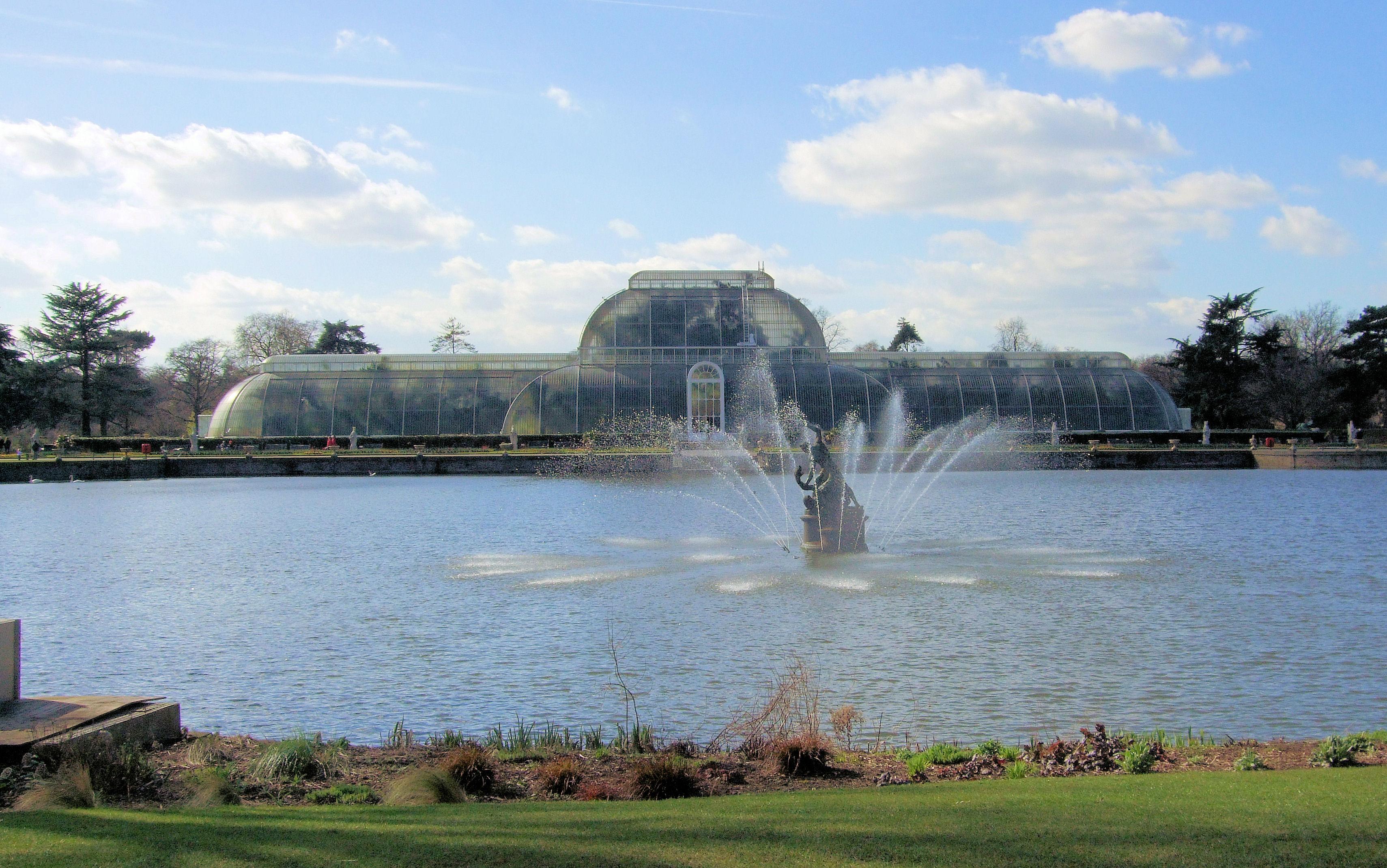 File:The Palm House, Kew Gardens, London