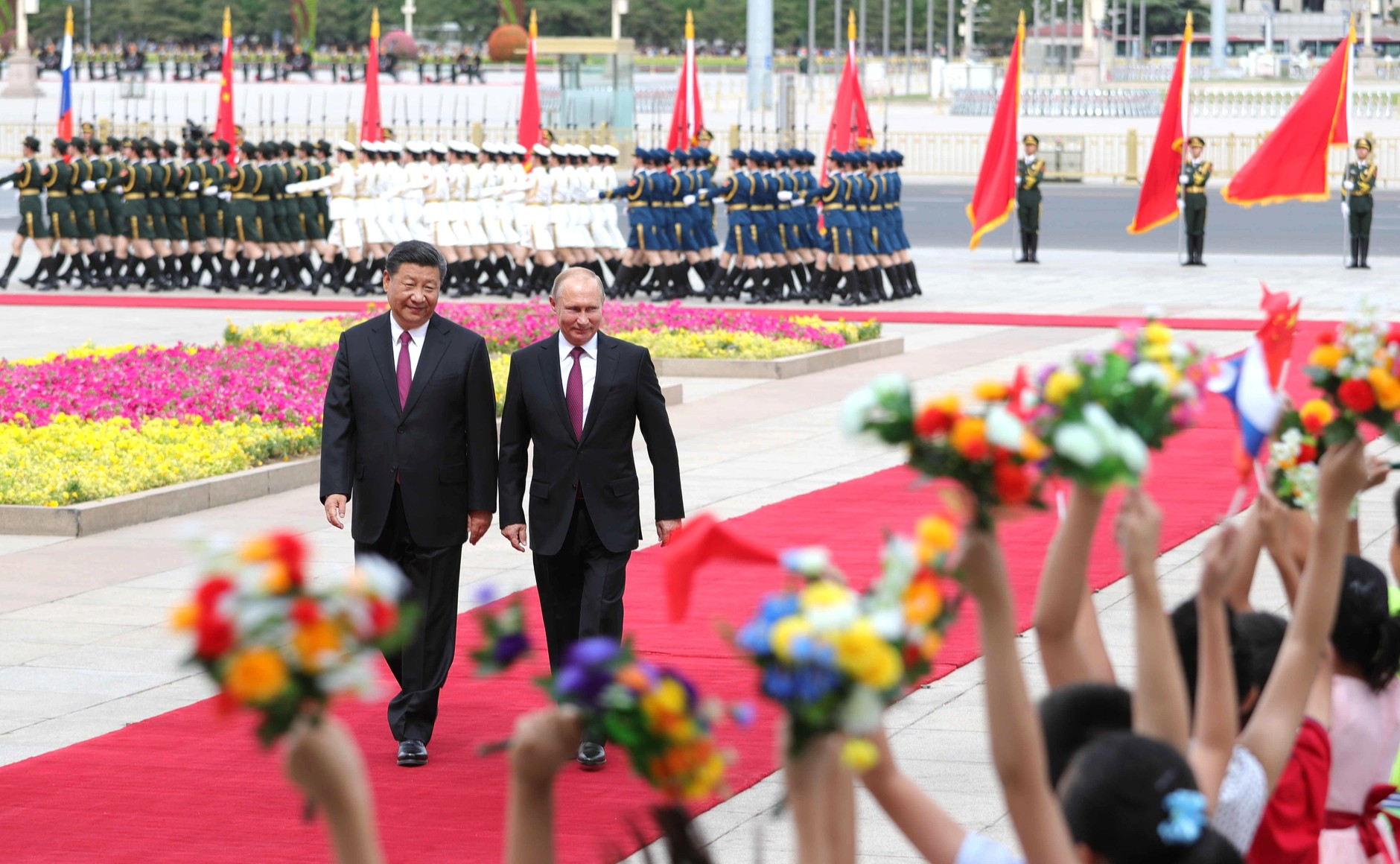 File:The President of Russia arrived in China on a state visit. 01.jpg - Wikimedia Commons