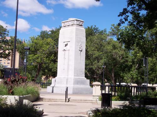 Cenotaph (Regina, Saskatchewan) - Wikipedia Fallen