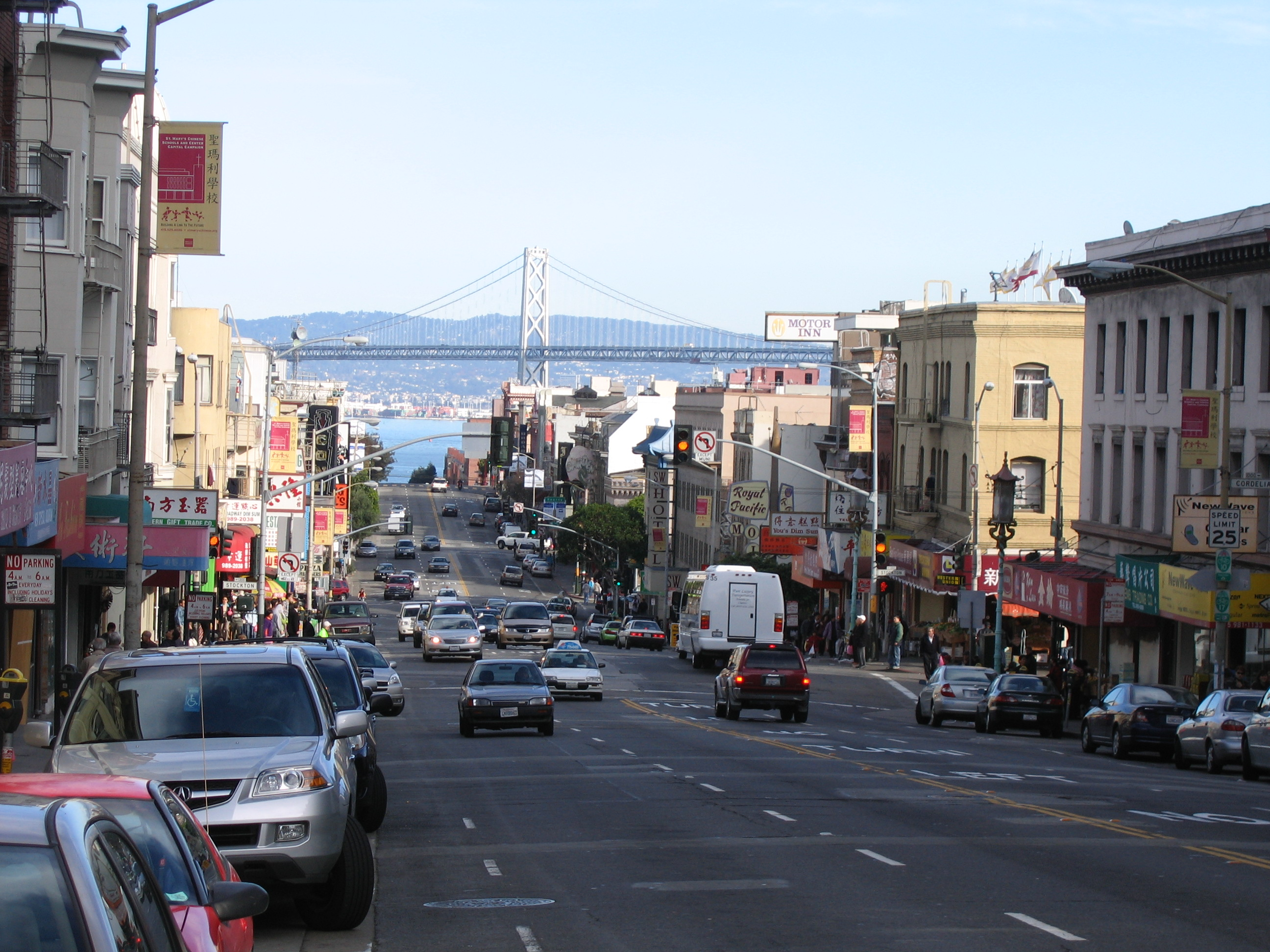 File:View-from-Broadway-street-towards-San-Francisco-Oakland ...