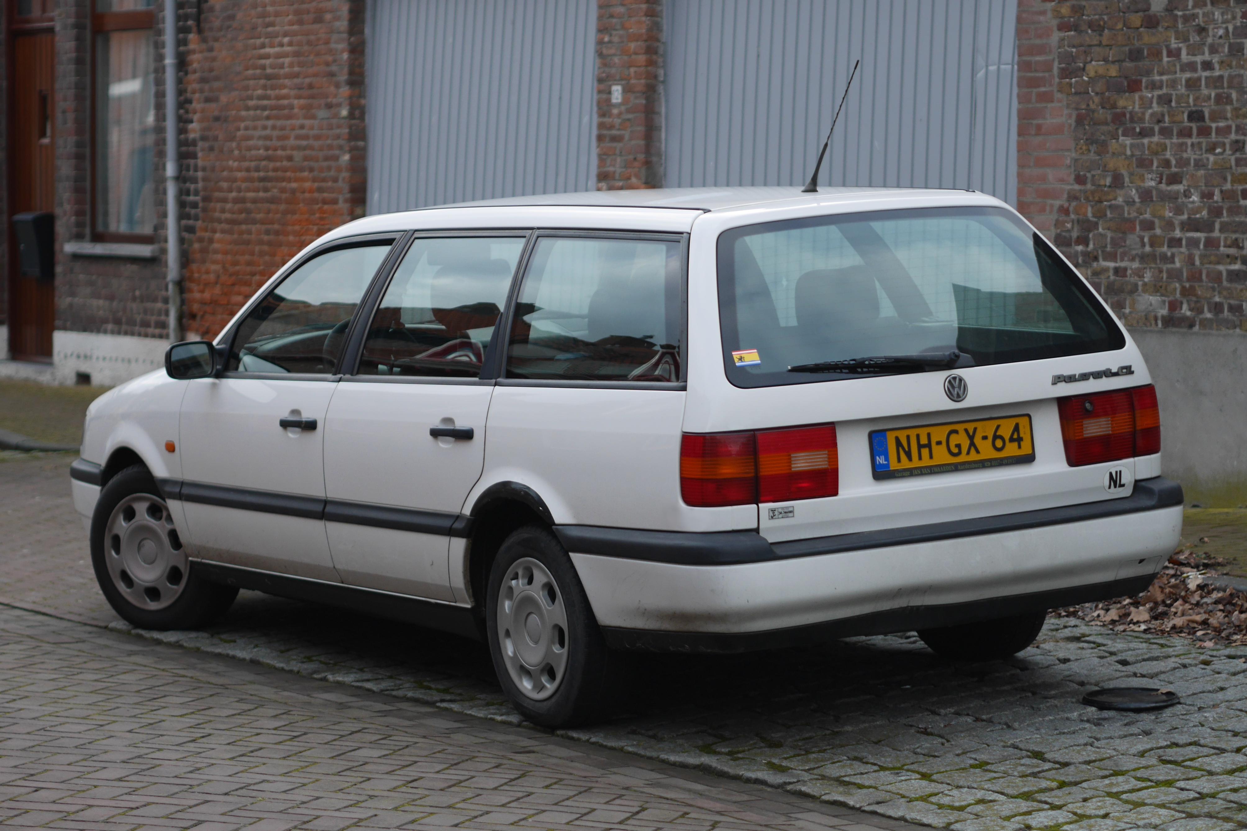 File Volkswagen Passat B4 Variant In Aardenburg 3 Jpg