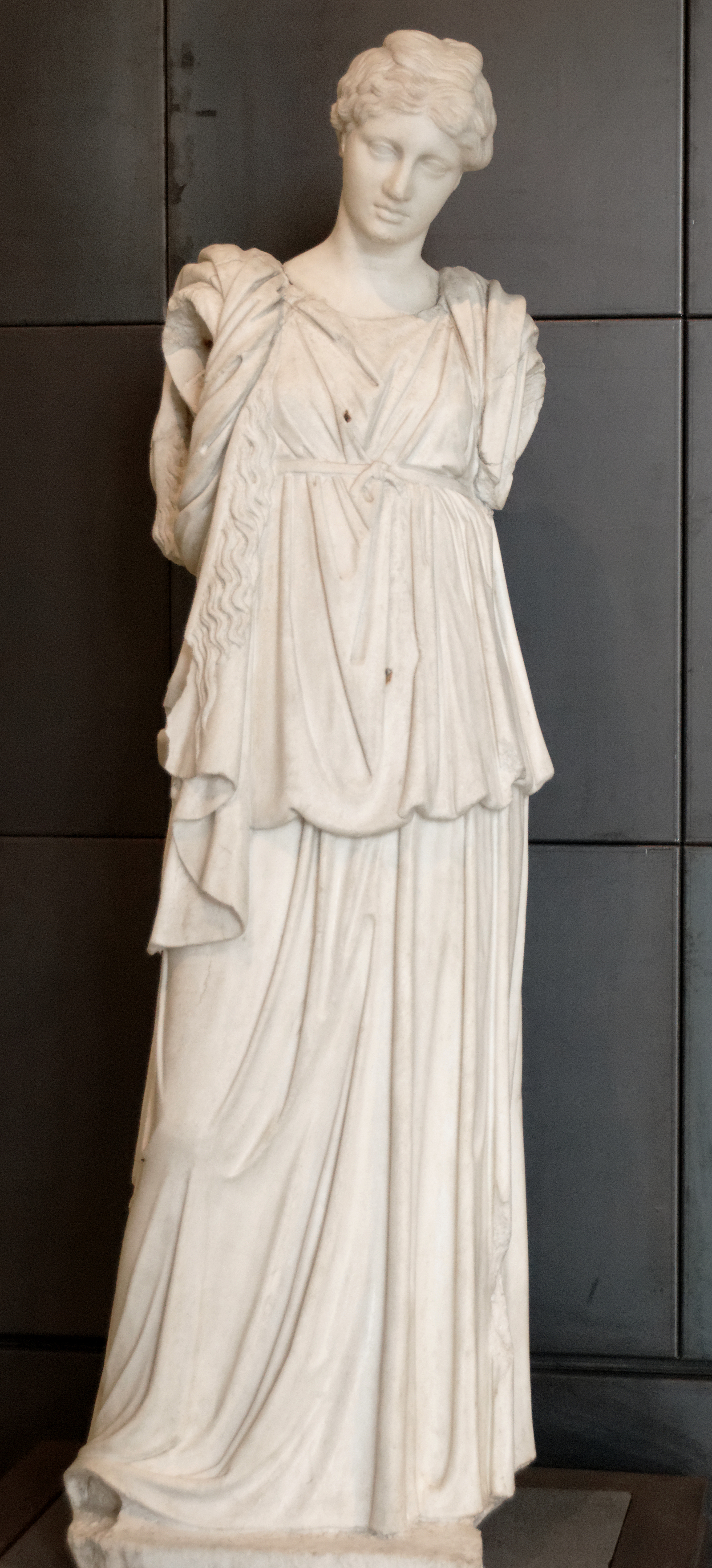 How to wear a greek chiton