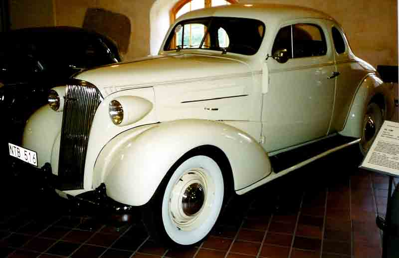 1937 Nash Business Coupe