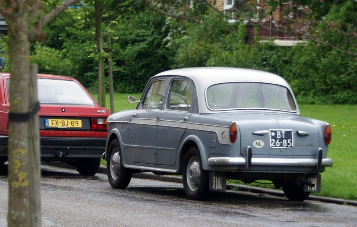 1960_Fiat_1100_Luxe_%287183175396%29.jpg