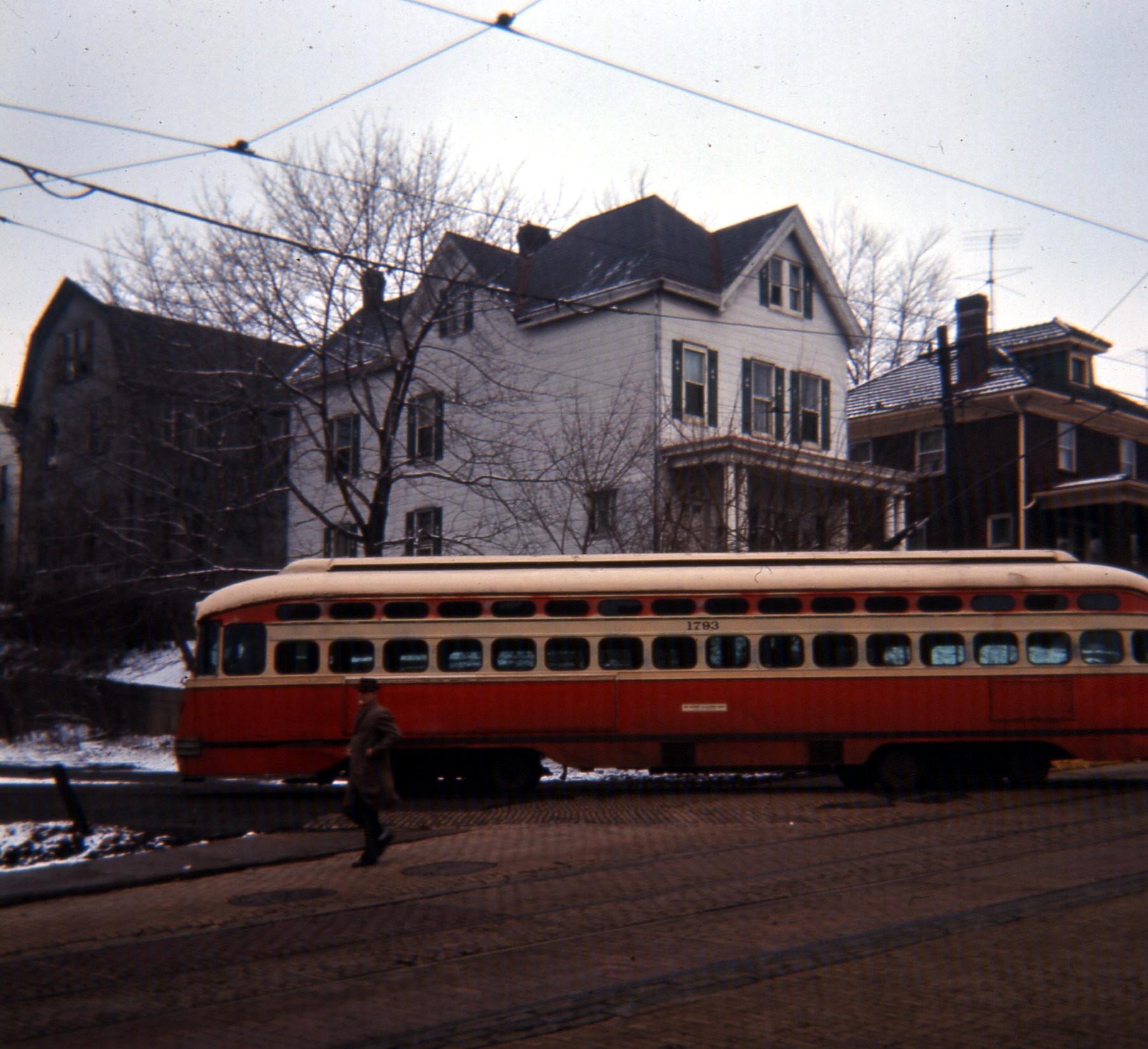 File:19660226 04 PAT PCC Streetcar, Pittsburgh