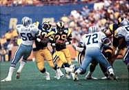 Dickerson (29) rushing through the Cowboys' defense in the 1985 NFC Divisional Playoff game.