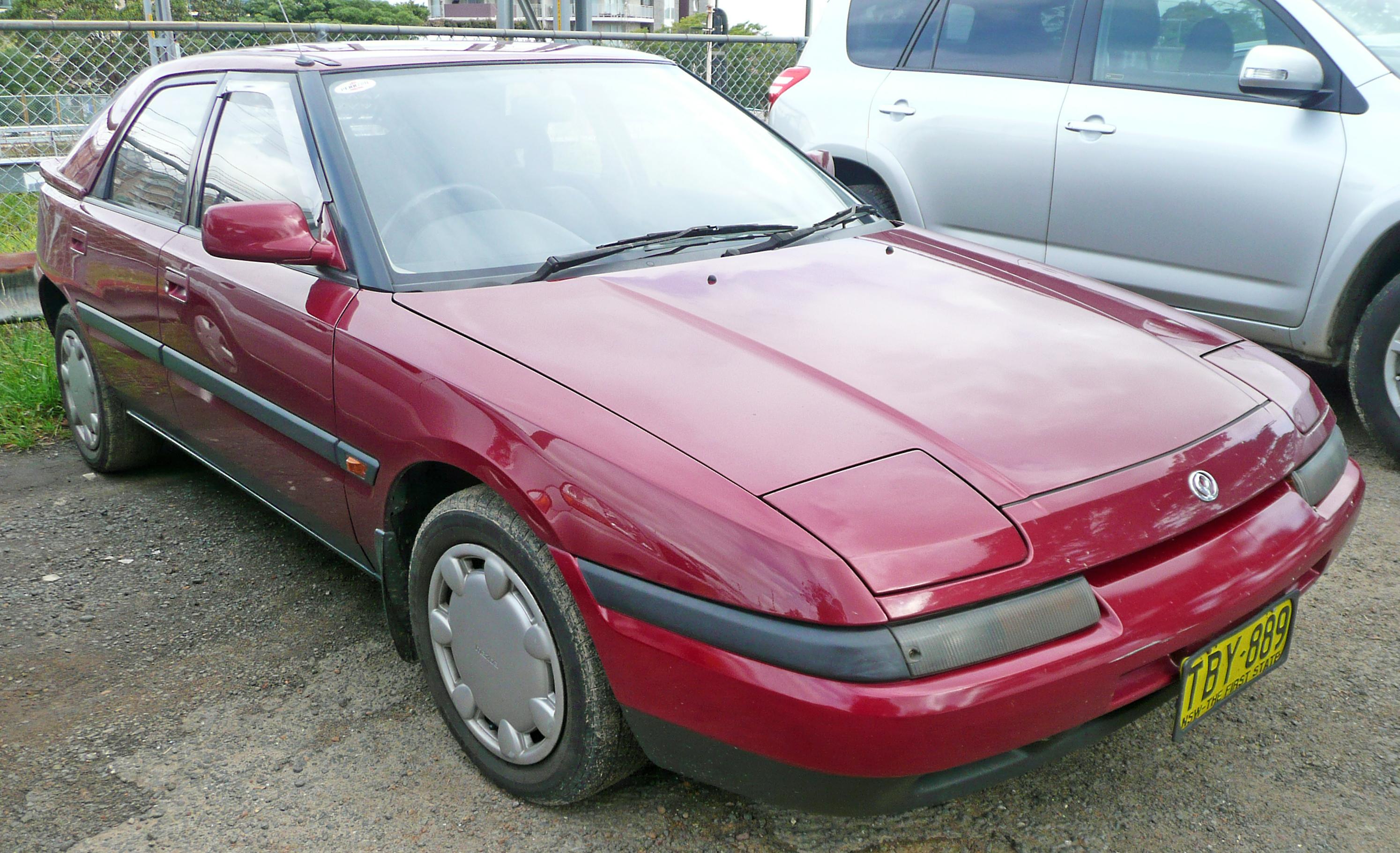 file:1991-1994 mazda 323 (bg series 2) astina 5-door hatchback 01