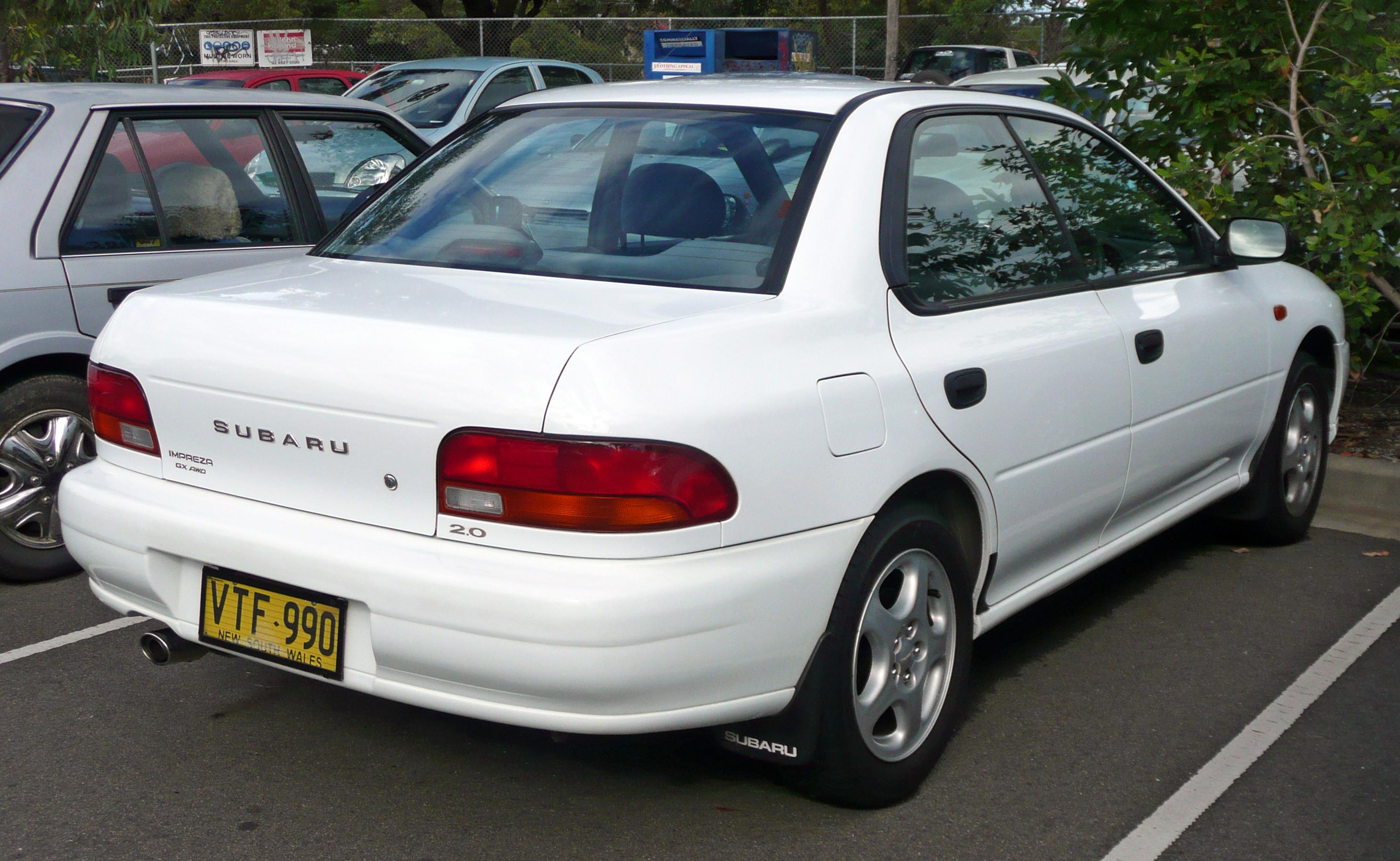 file:1998 subaru impreza (gc8 my99) gx awd sedan (2010-05-19)
