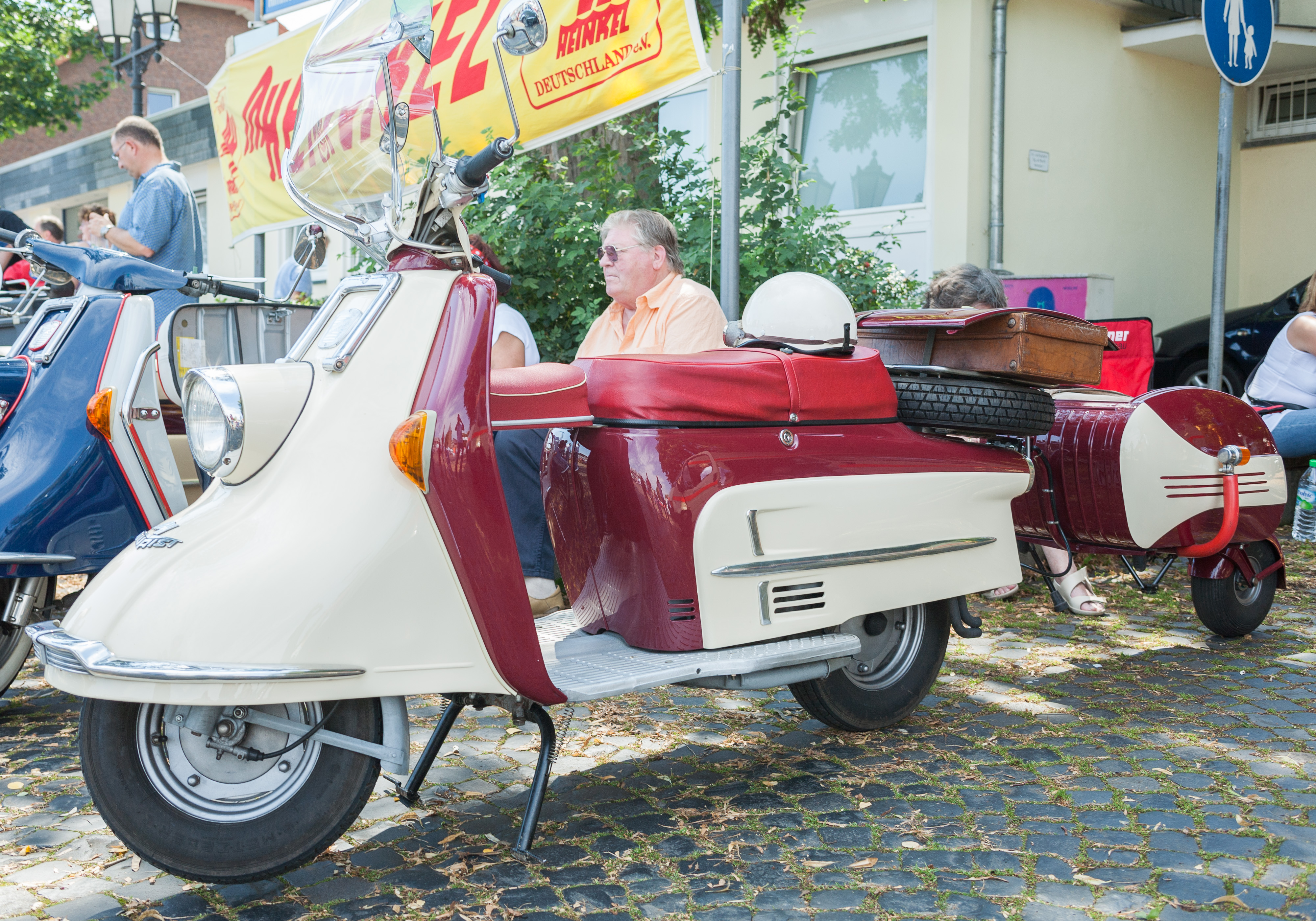 file 2007 07 15 motorroller heinkel tourist 103 a2 mit. Black Bedroom Furniture Sets. Home Design Ideas