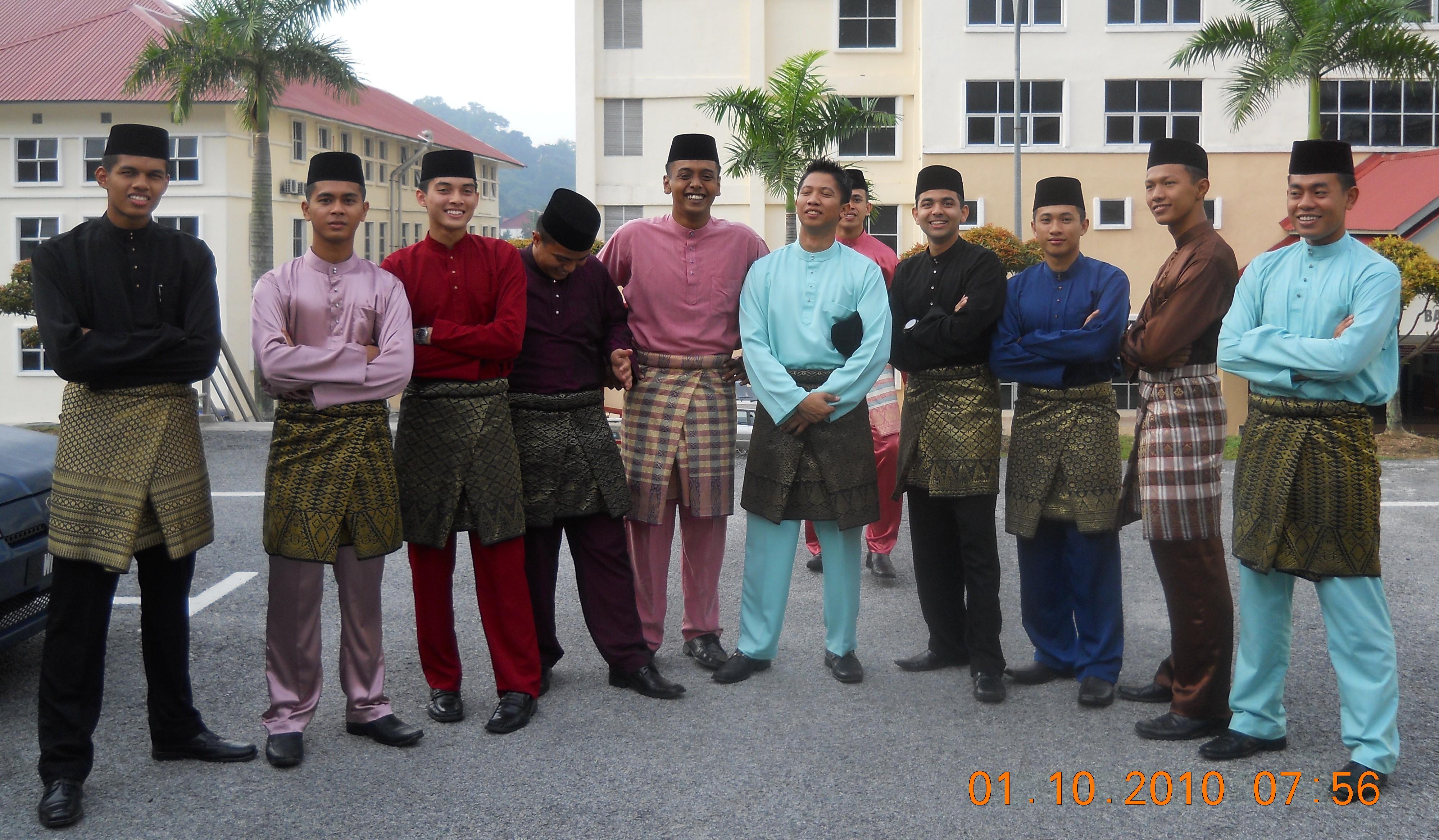 Baju Melayu Wikipedia