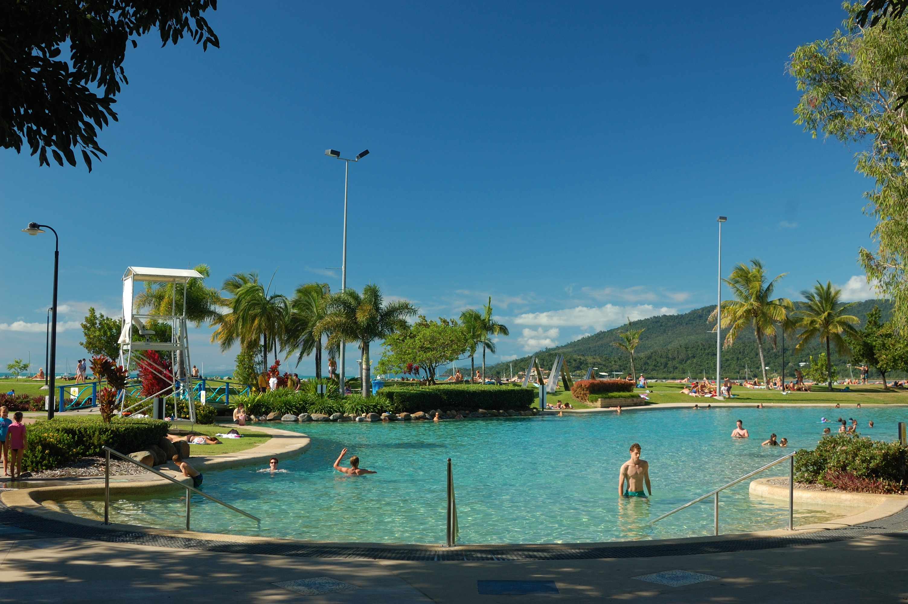 Cairns To Airlie Beach Car Rental