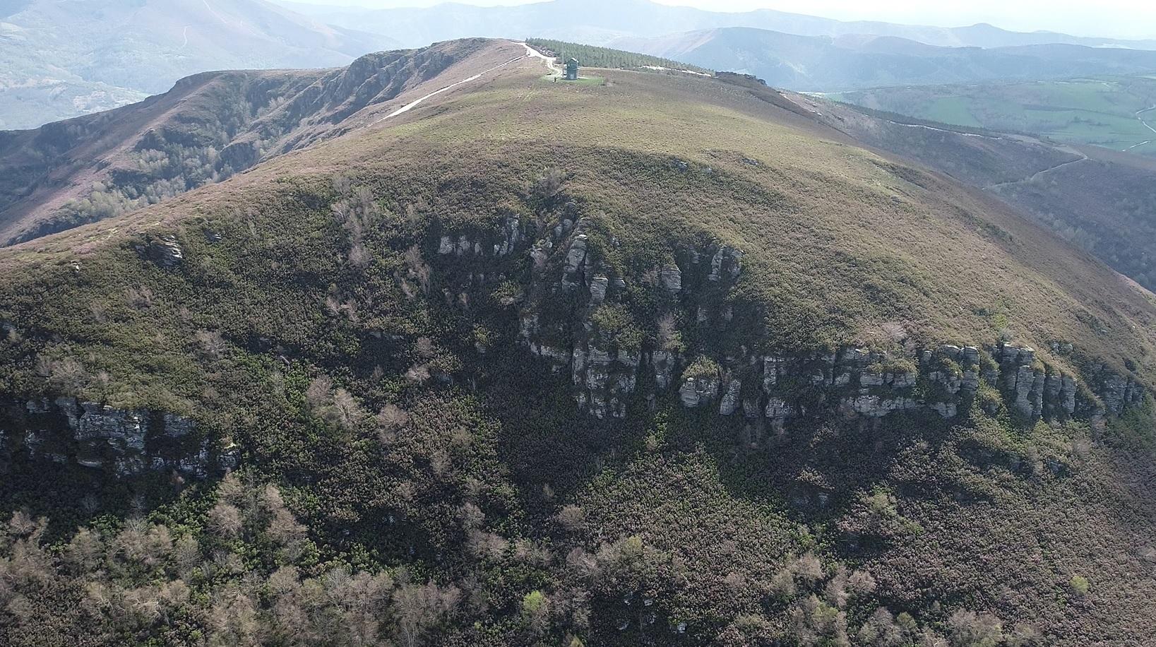 File Alto De Torrentes O Del Polvoreiro Samos Lugo Jpg Wikimedia Commons