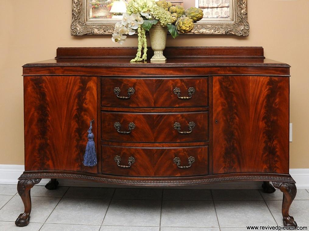File antique chippendale buffet jpg wikimedia commons for Mobili 600 toscano