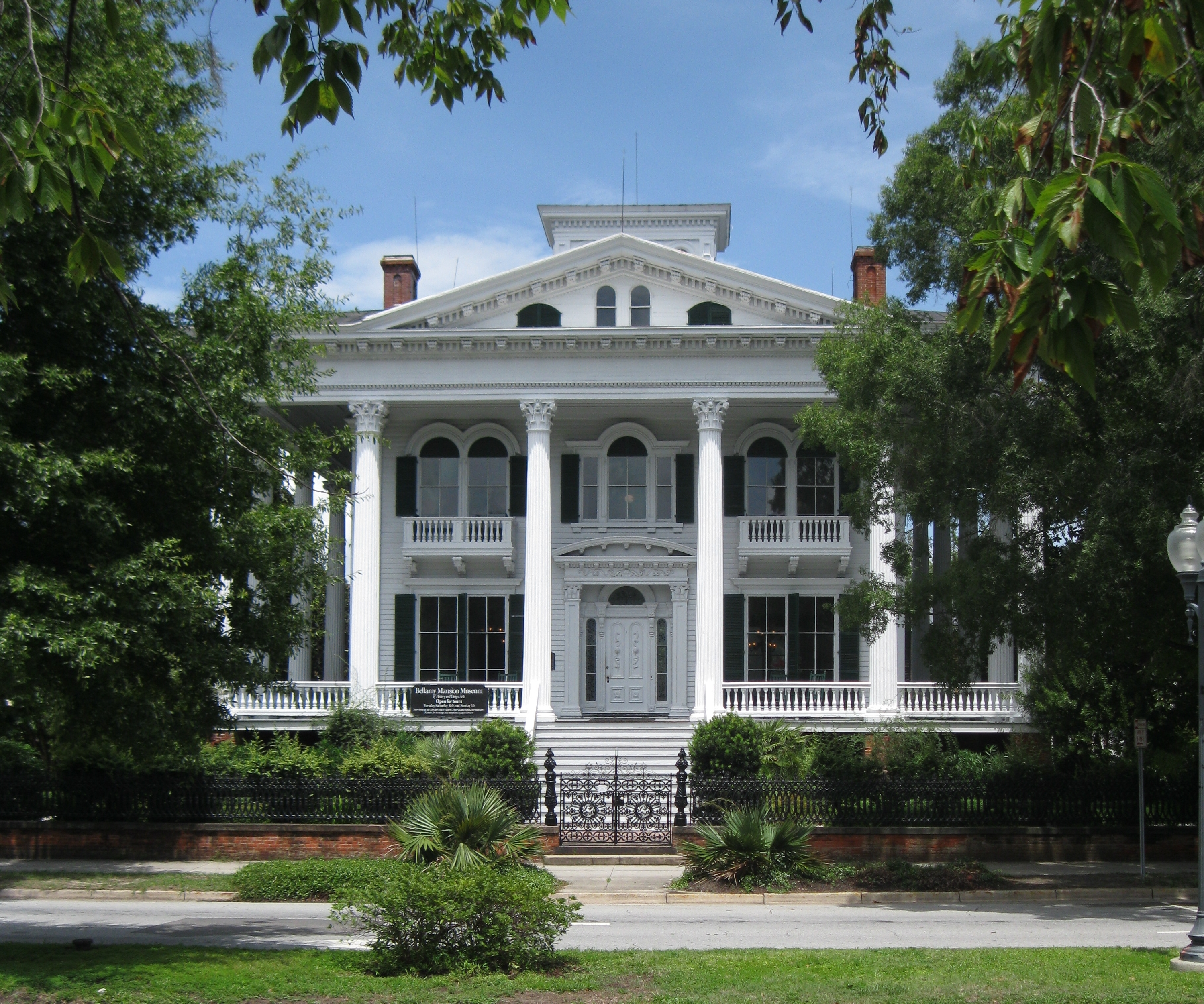File Bellamy Mansion Wilmington Nc Front 02 Jpg