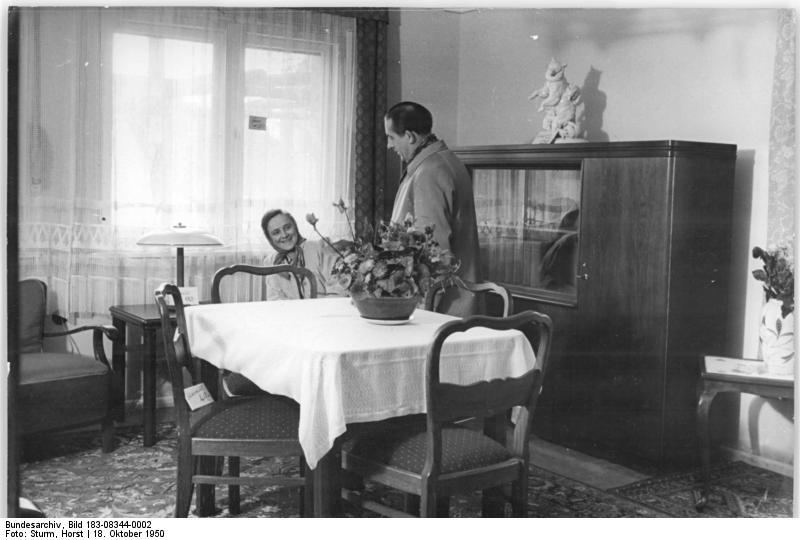 App in die geschichte for Wohnzimmer 1950