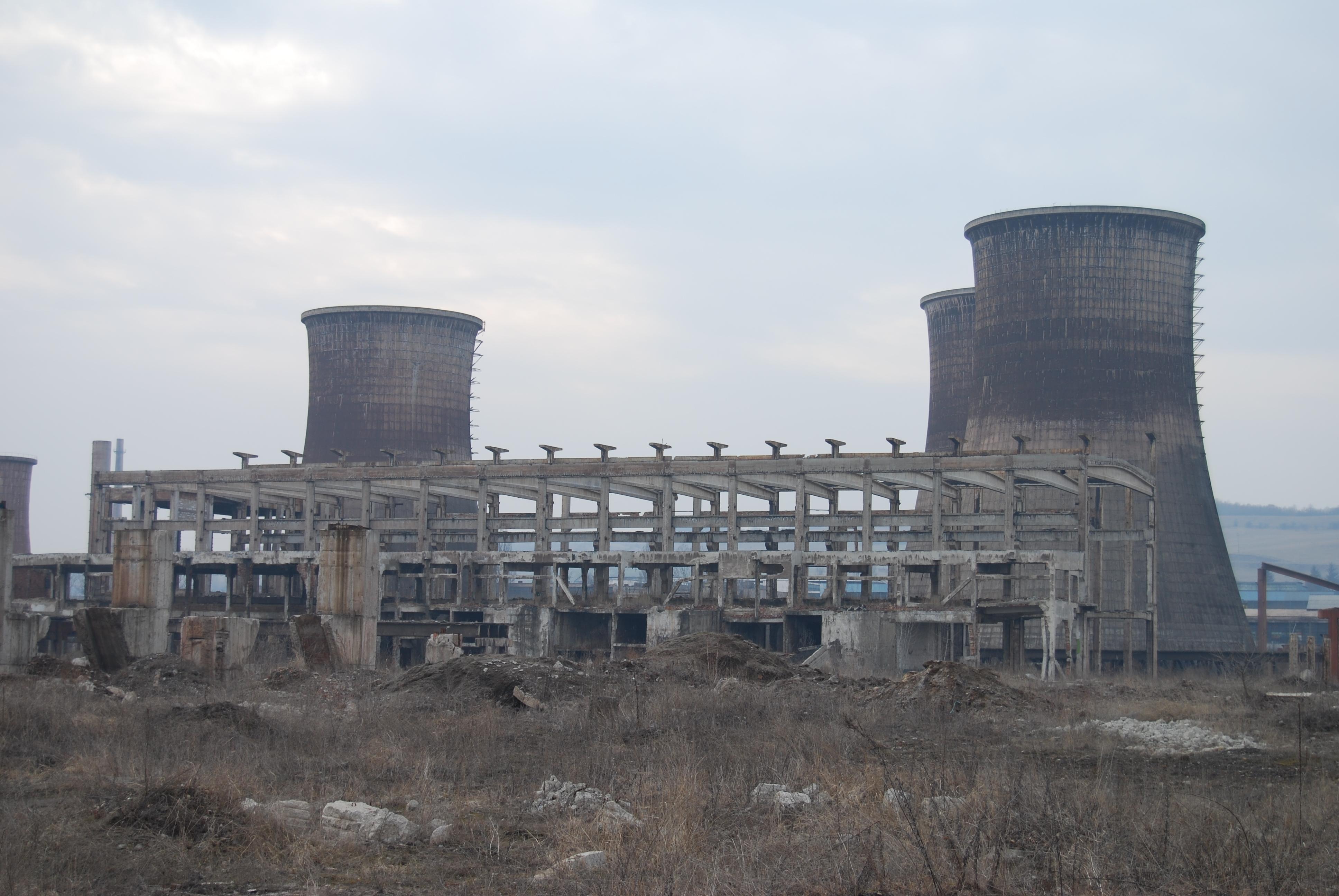File:Calan Steel Plant in winter 2009 (3).jpg