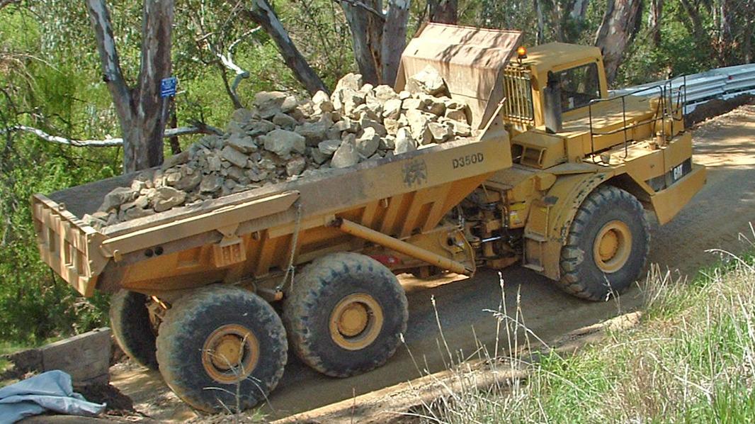 Caterpillar D350D articulated off-road truck