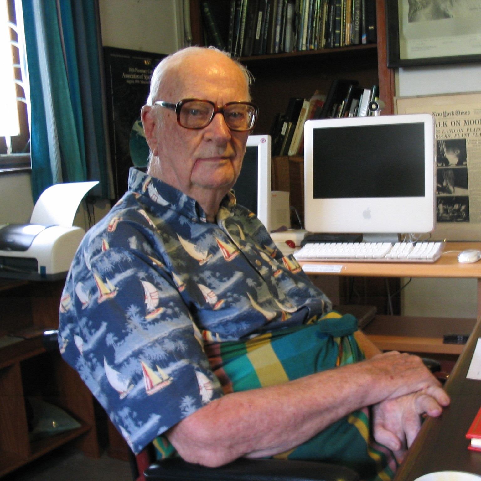 a biography of arthur clarke an english novelist Arthur c clarke, a science fiction author, has had a very interesting life arthur was born on december 16, 1917, in minehead, england he was the oldest of four children.