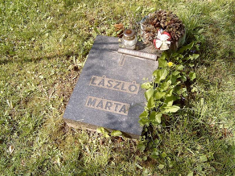 Fájl:Csákányi László sírja.jpg