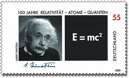 https://upload.wikimedia.org/wikipedia/commons/d/d1/DPAG-2005-Relativit%C3%A4t-Atome-Quanten-AlbertEinstein.jpg