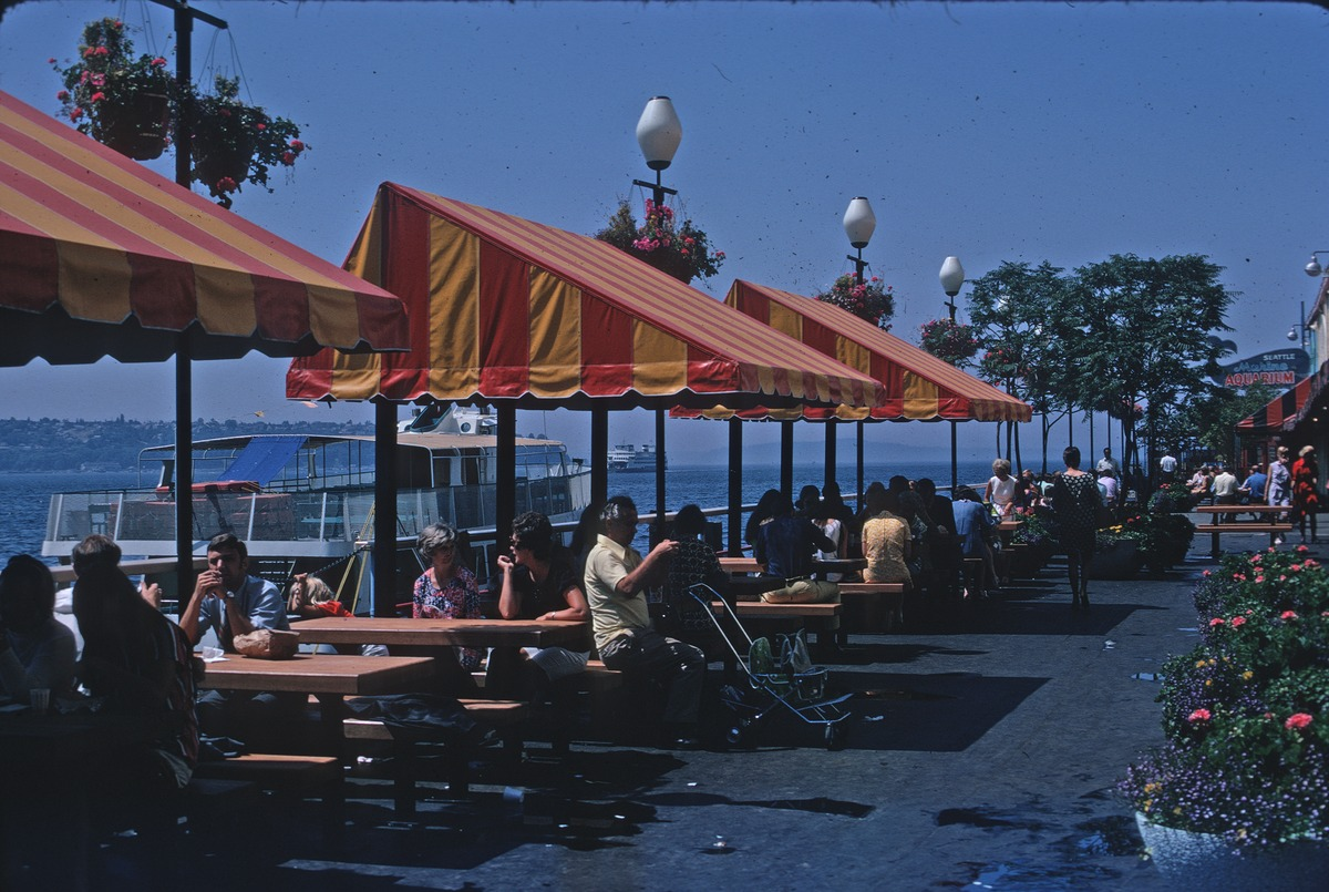File Dining On The Waterfront Circa Wikimedia Commons