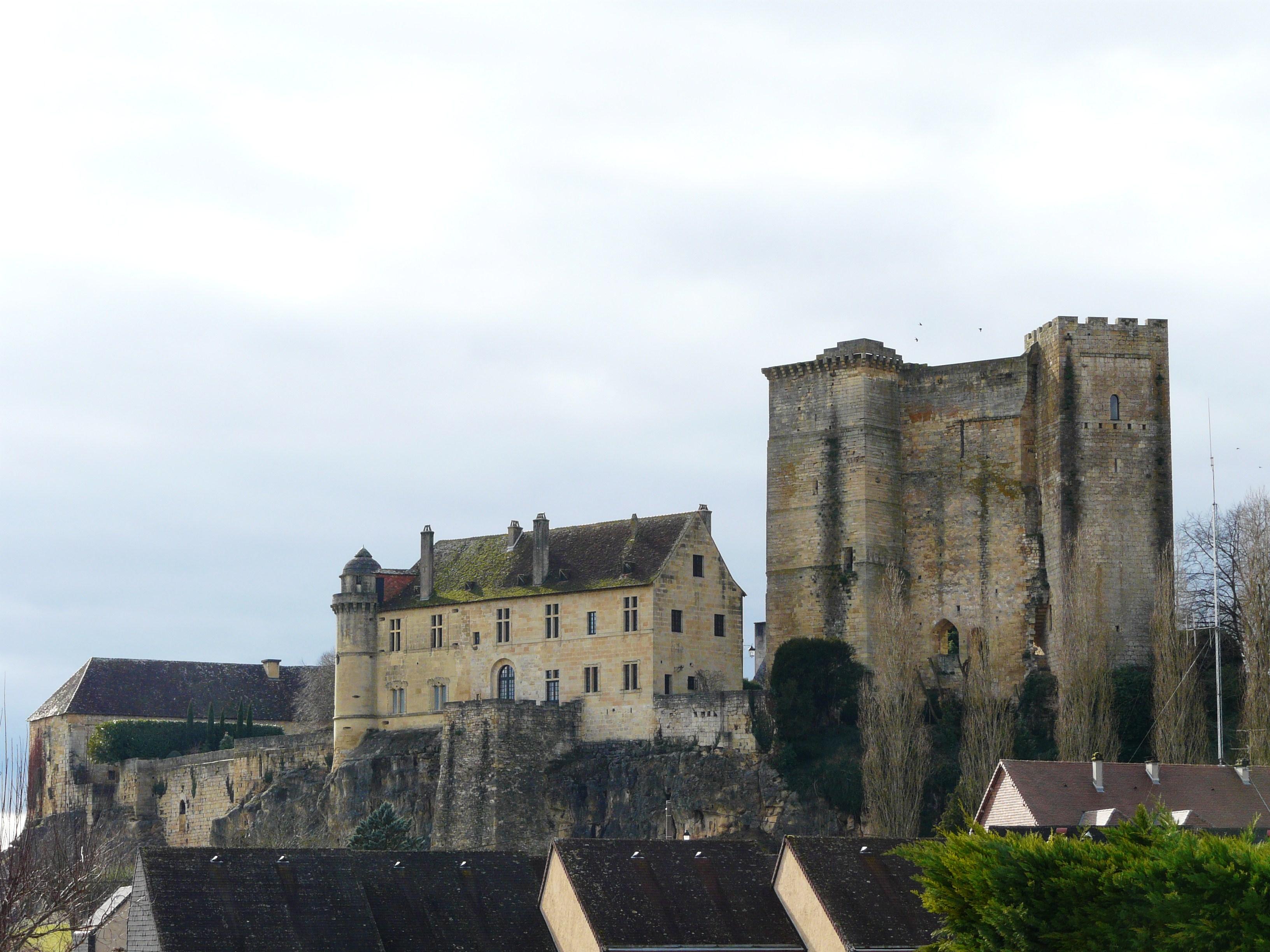 Demeure D Antan Périgueux château d'excideuil — wikipédia