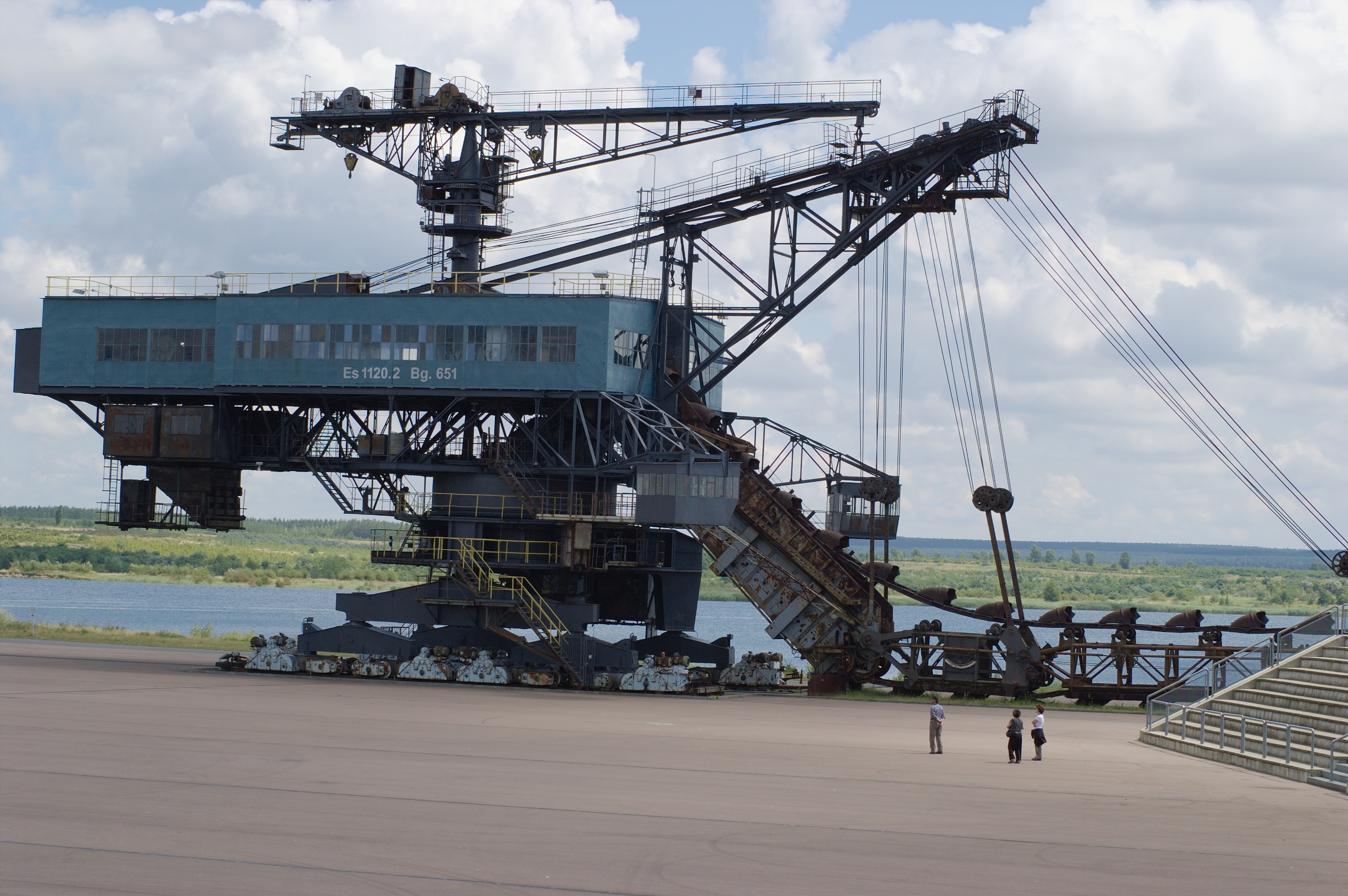 Dipper dredgers, Heavy Equipment Used in Construction