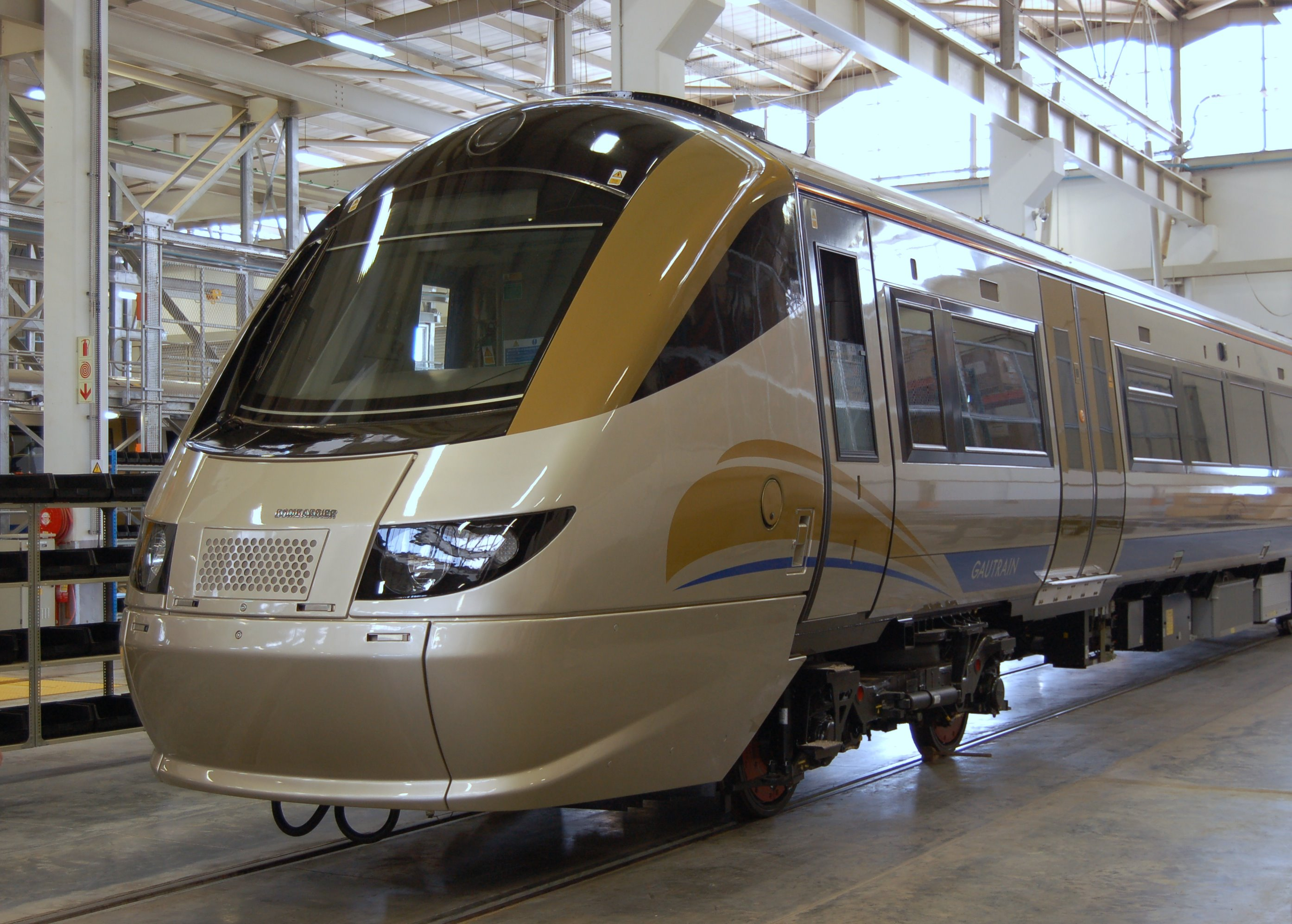 L er gautrain in depot retouched jpg for Depot leer