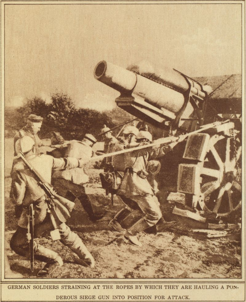 German troops positioning a 21 cm Mörser 16 (21 cm siege howitzer model 1916).