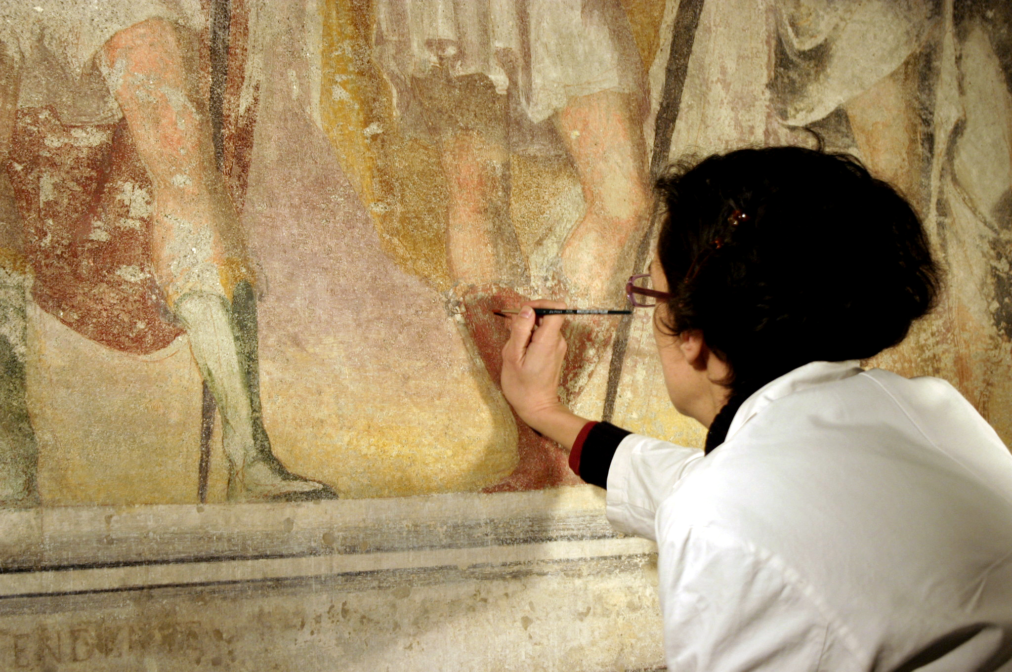 career in art art conservationist restorer